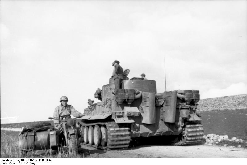 Tiger 142 of schwere Panzer-Abteilung 501 in Tunisia
