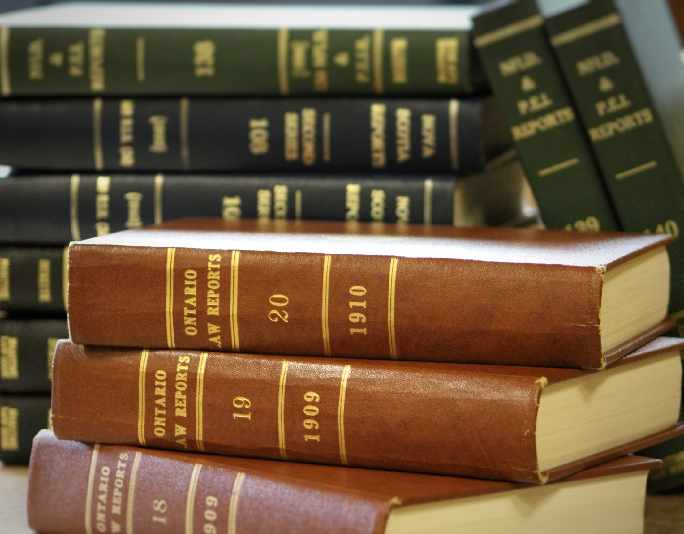 file canadian law books 31460630695 jpg wikimedia commons