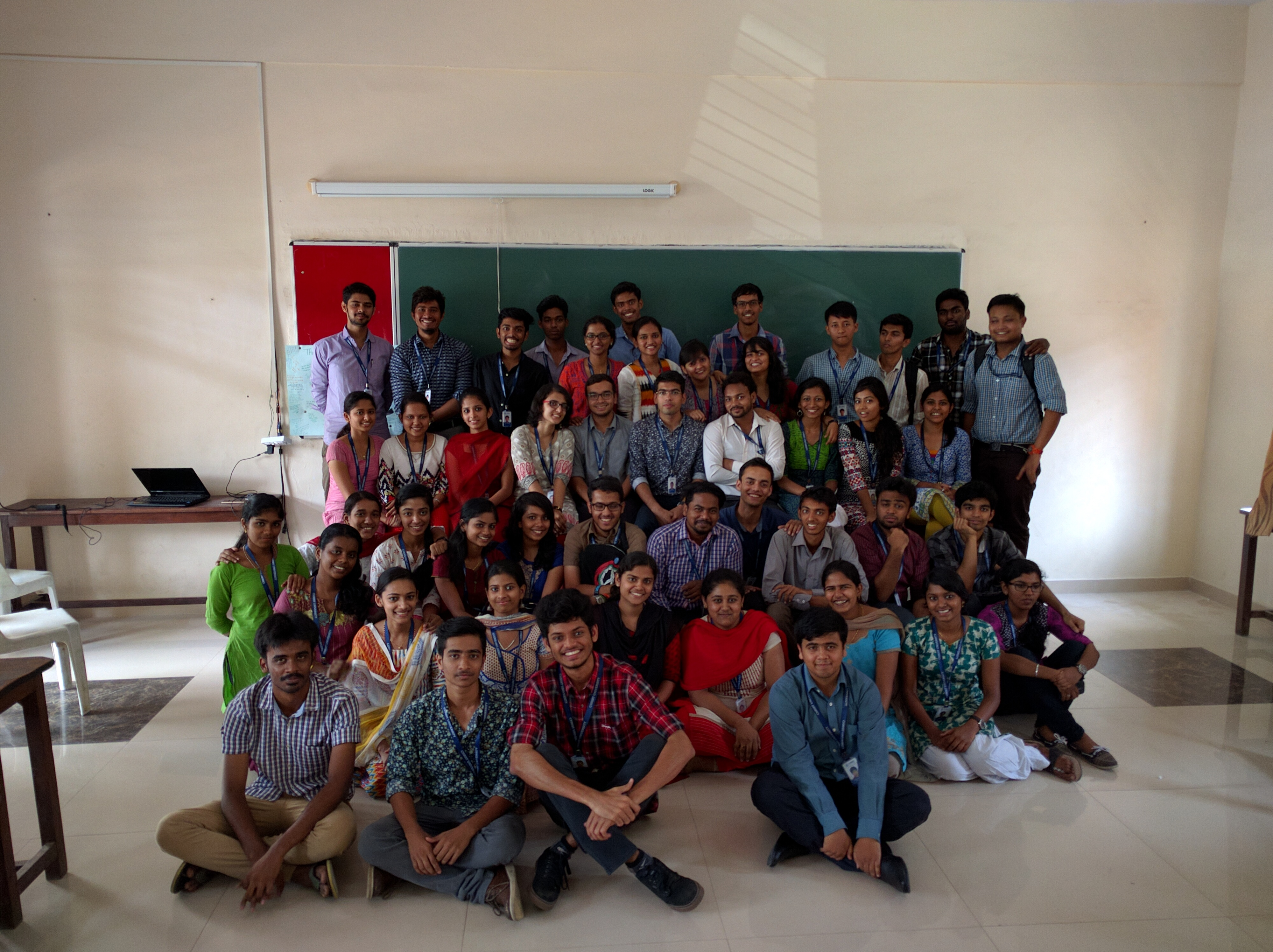 Christ Bsc pcm 2014-17(2).jpg English: Christ university second year students group photo Date 22 March 2016, 12:31:34 Source Own work Author