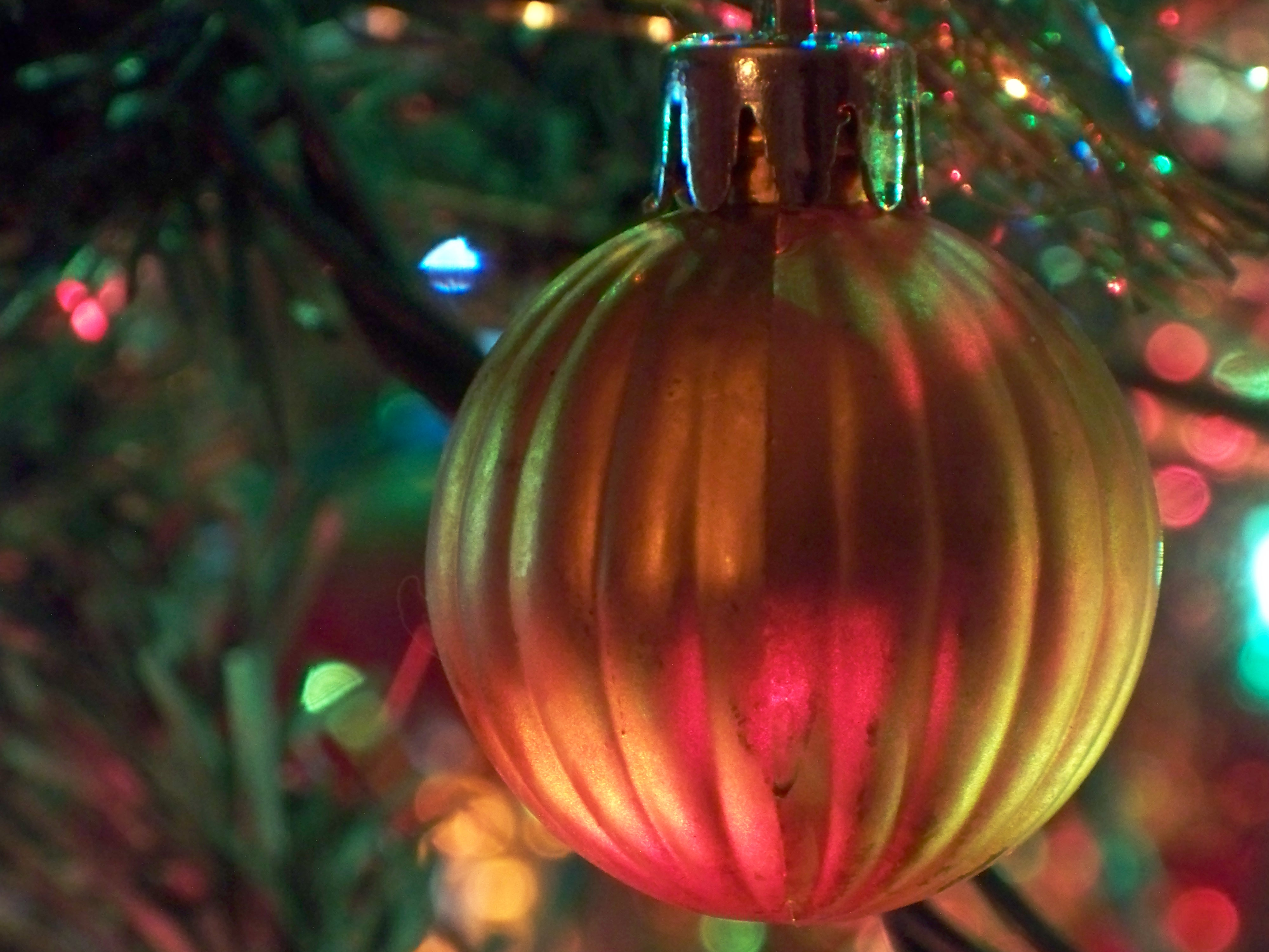 http://upload.wikimedia.org/wikipedia/commons/b/bb/Christmas.JPG