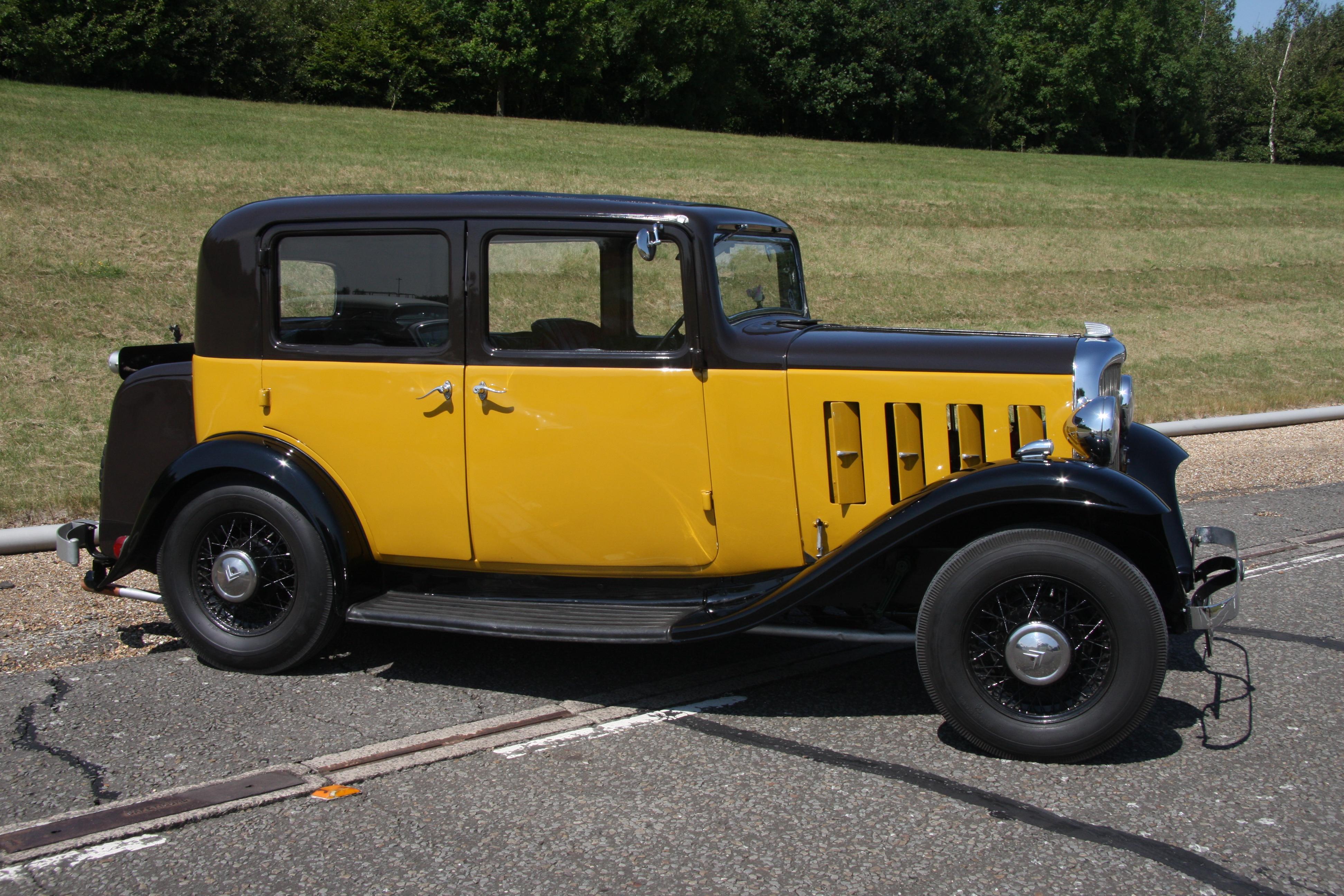 File:Citroën 10 Rosalie 1933.jpg - Wikimedia Commons