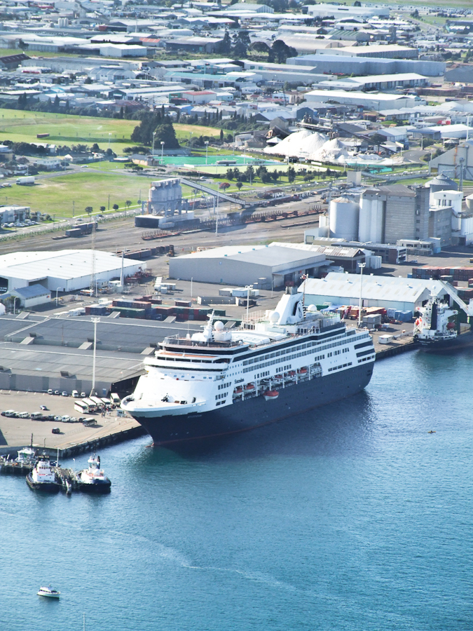 FileCruise Ship Statendamnew Zealand2897jpg  Wikimedia