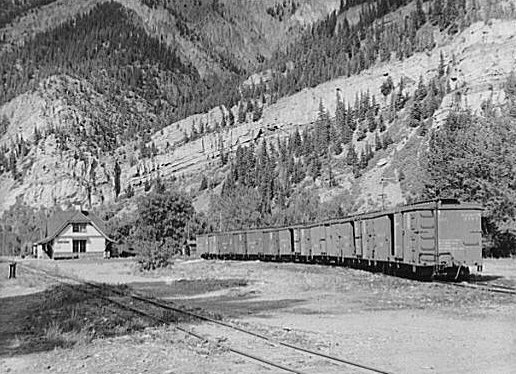File d amp rgw ouray station 1940b jpg wikimedia commons