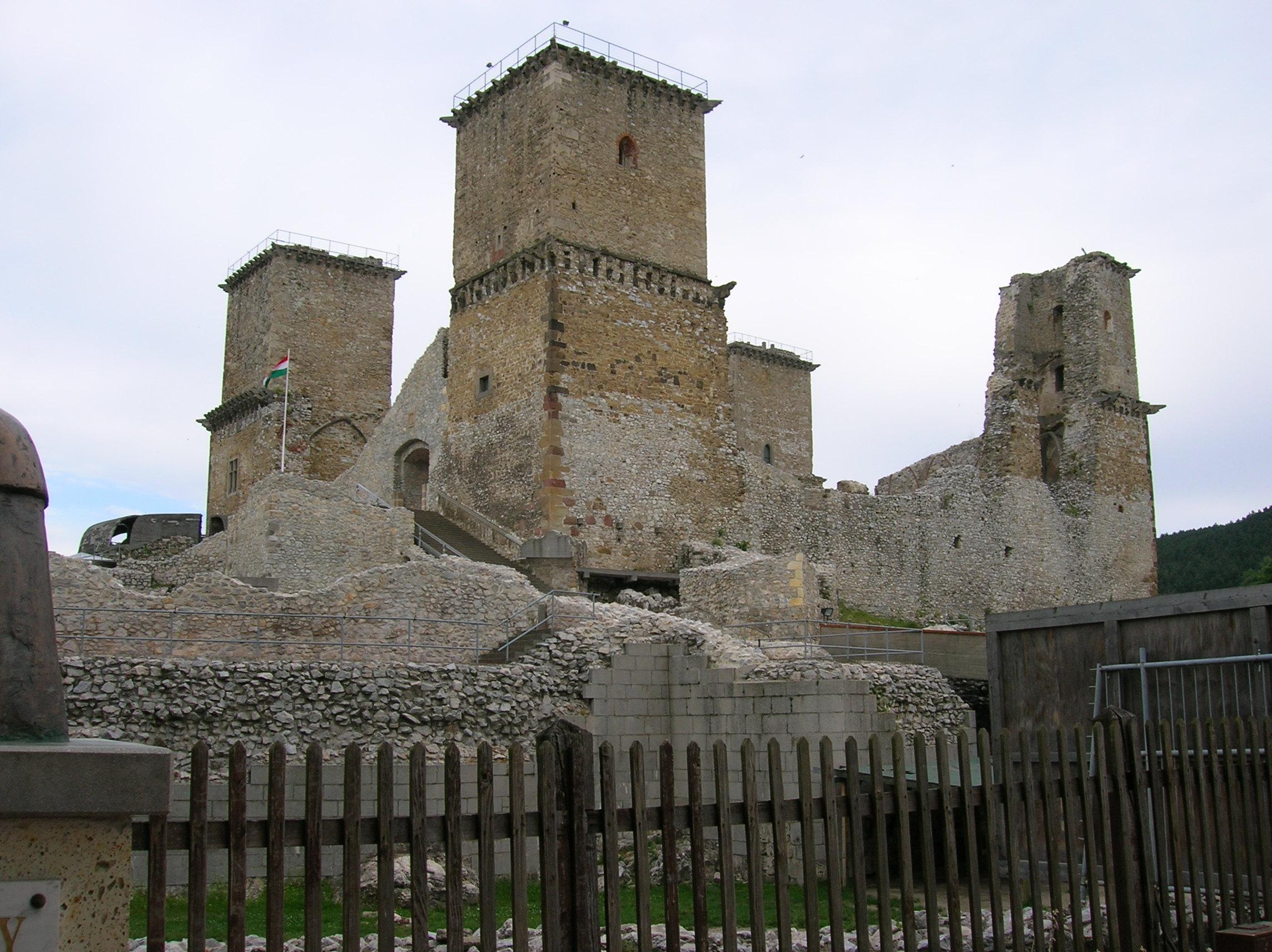 Diosgyor_castle.jpg