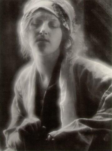 File:Dream Imogen Cunningham 1910.jpg
