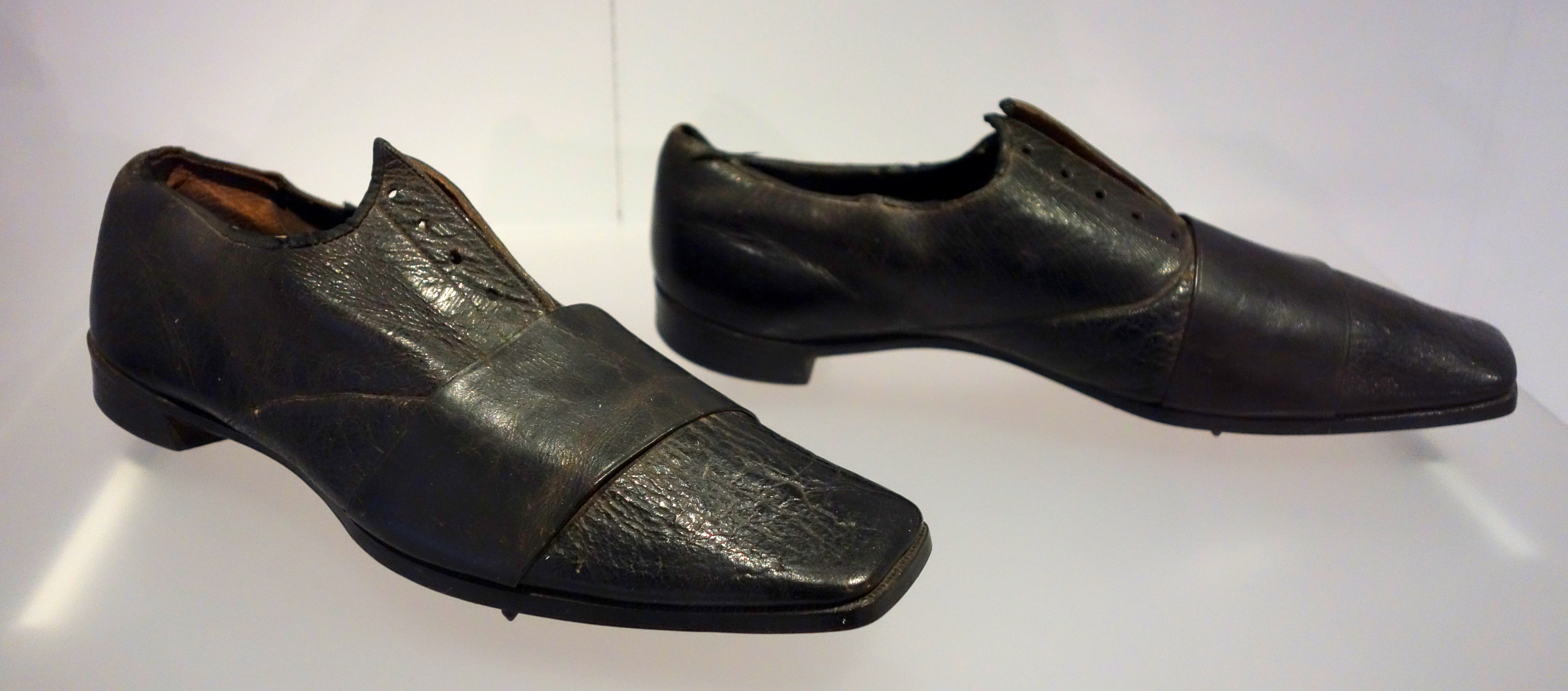 Shoe Size Men S Letter