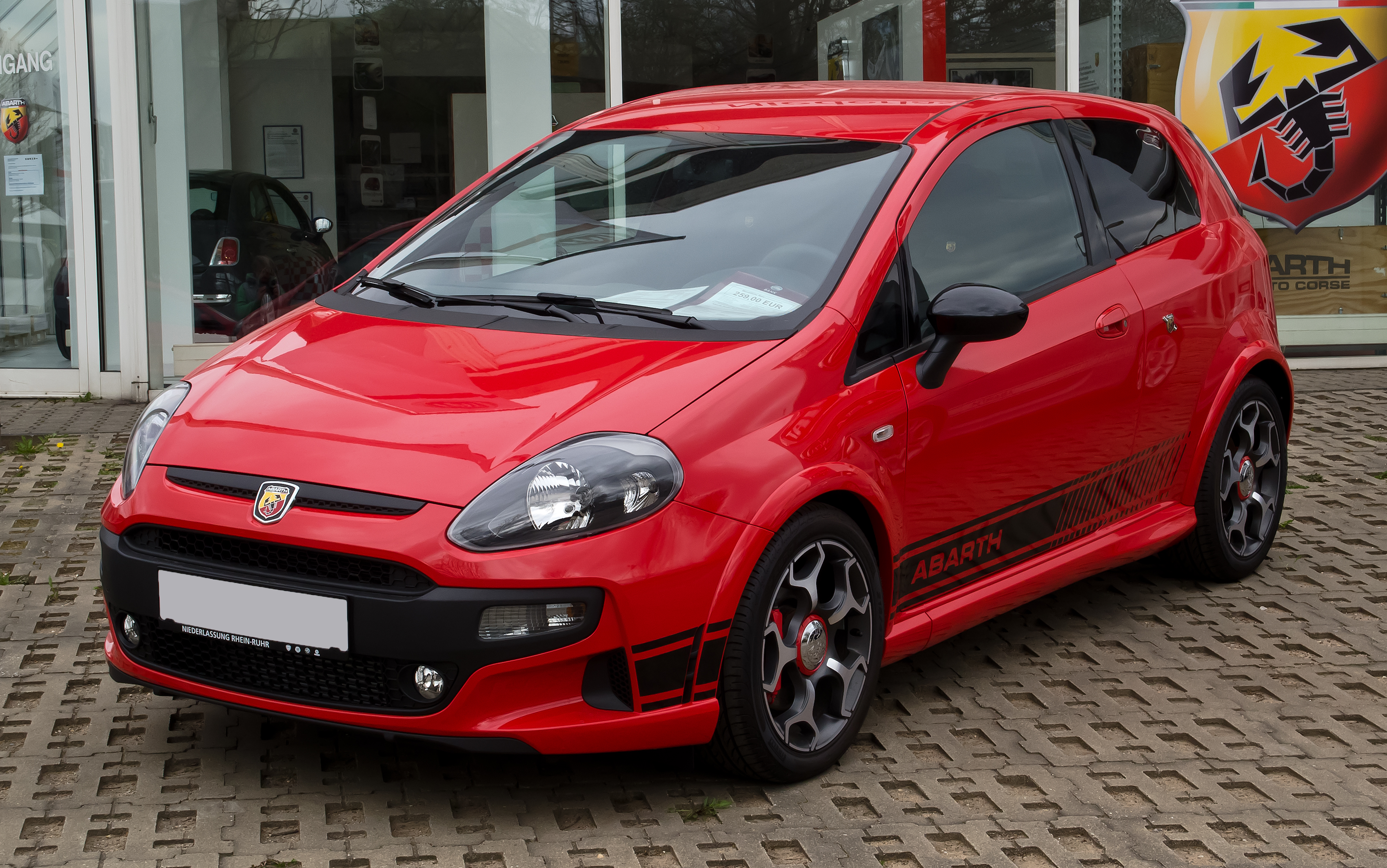 file fiat punto evo abarth 1 facelift frontansicht 1 april 2012 wikimedia. Black Bedroom Furniture Sets. Home Design Ideas