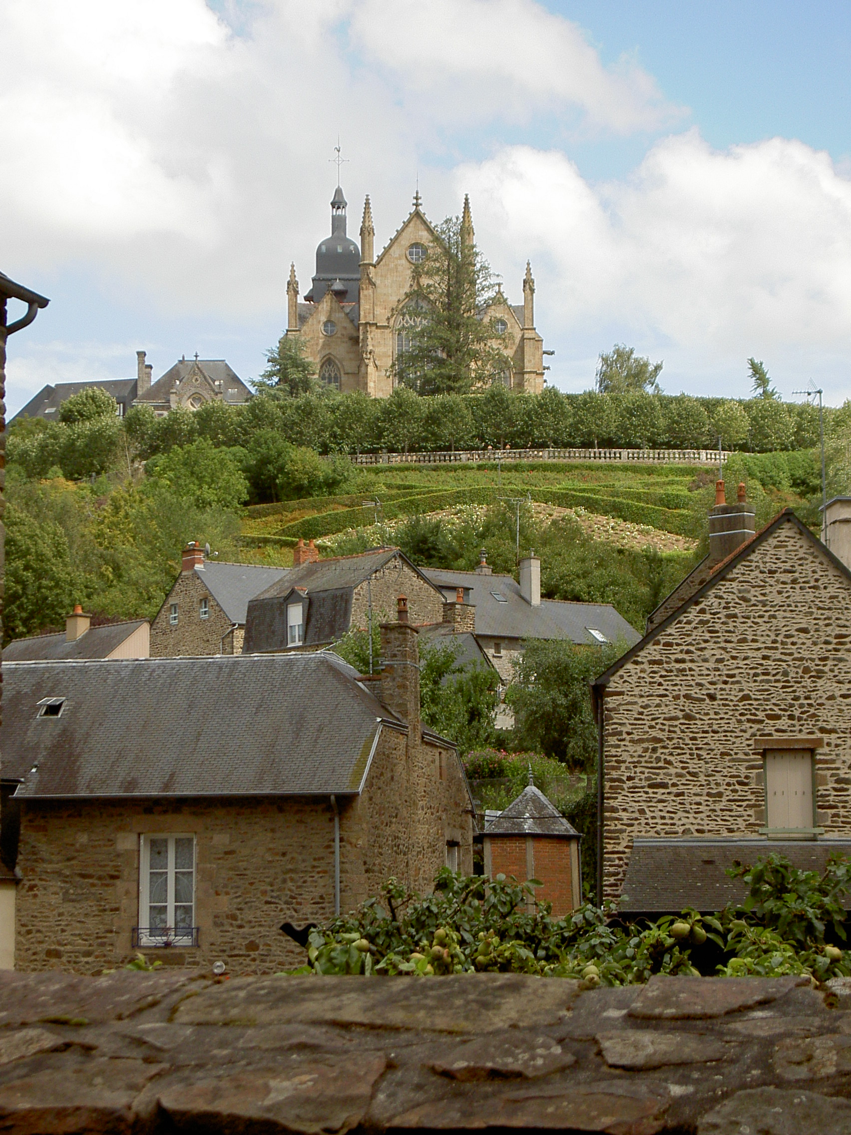 Fougeres France  city images : Fougères Bretagne, France 01 Wikimedia Commons