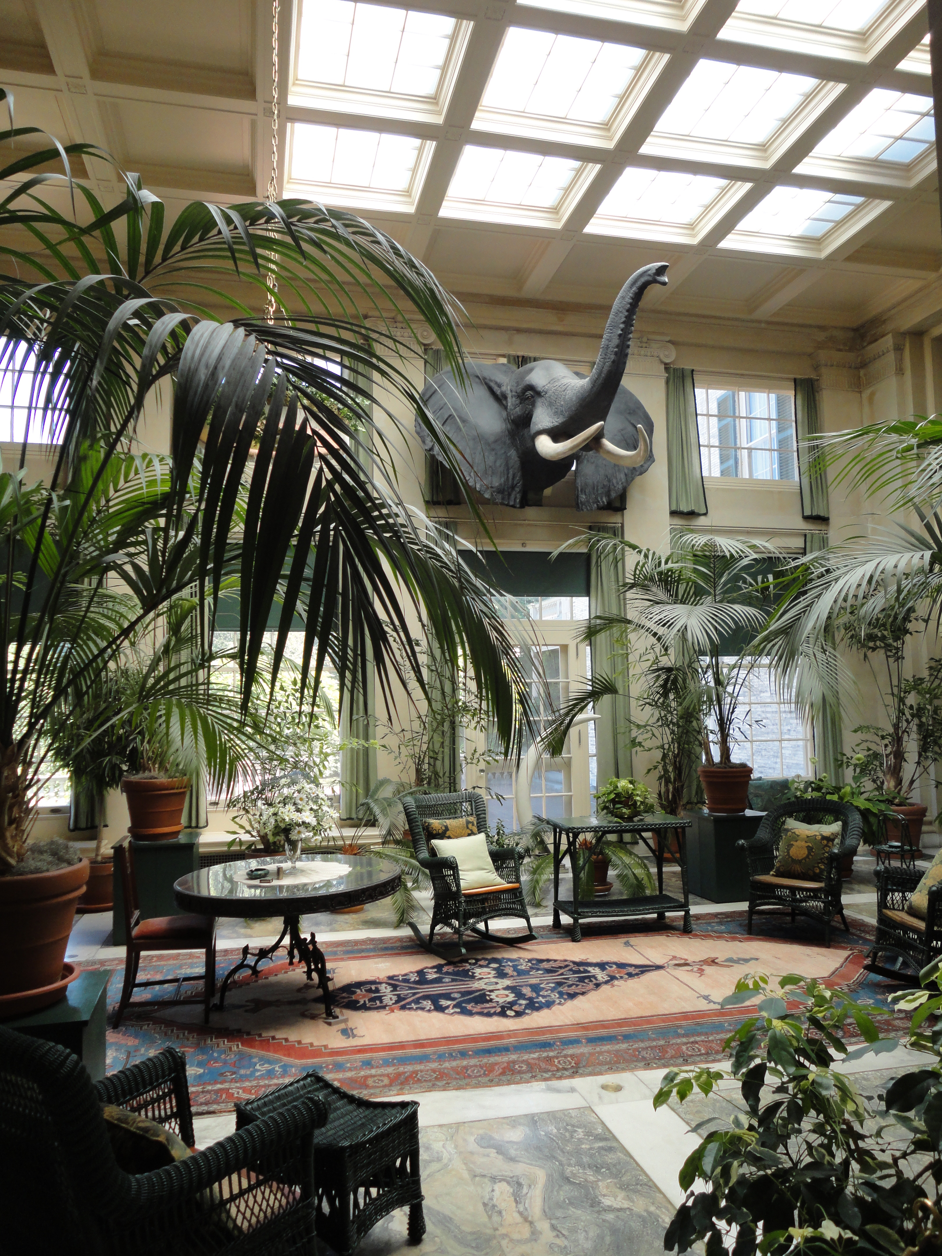 File:George Eastman House Interior