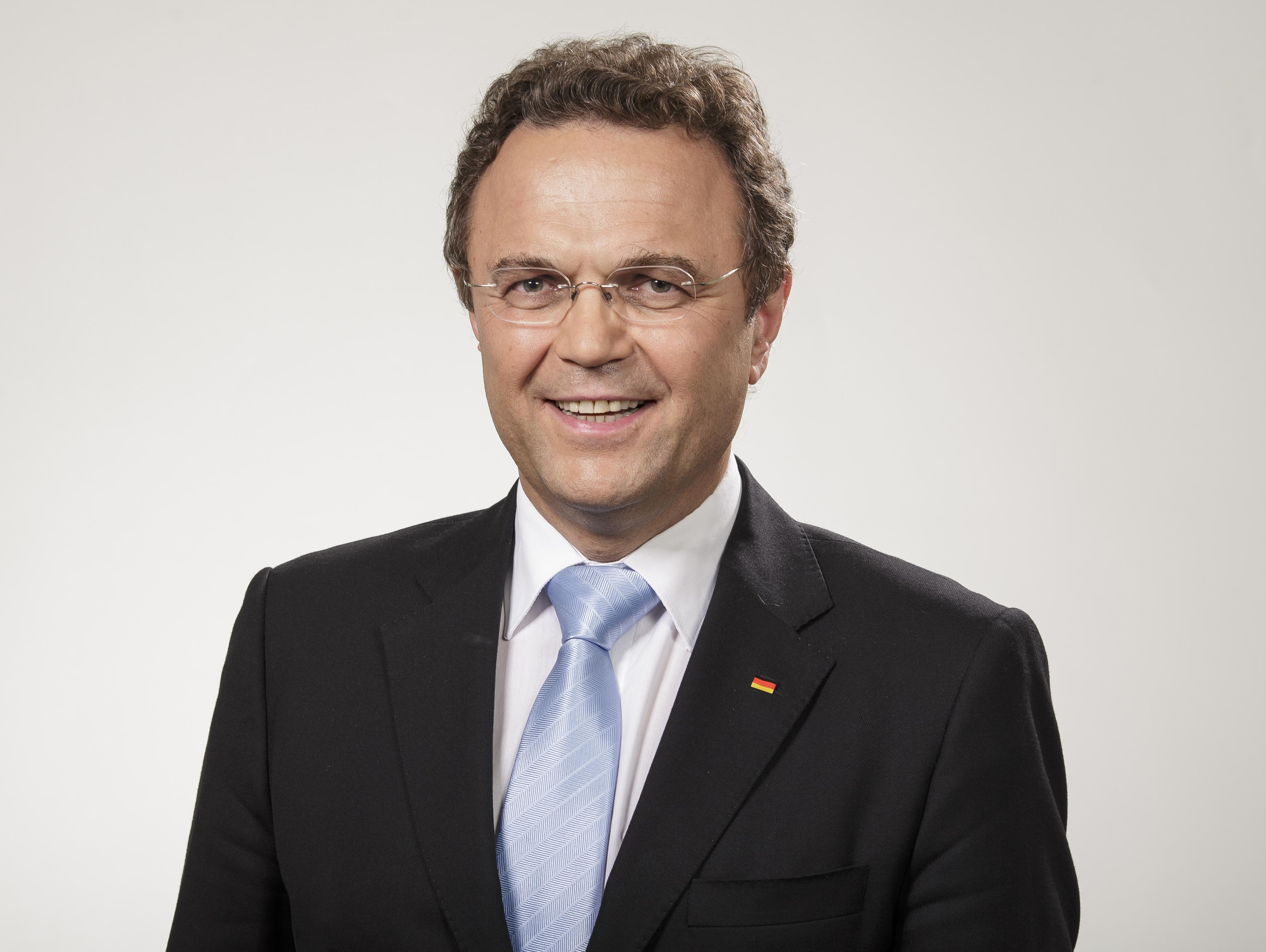 Hans-Peter Friedrich Größe