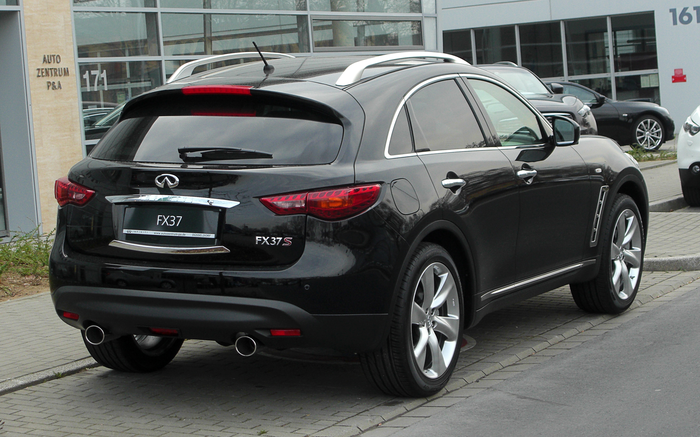 Infiniti fx pictures posters news and videos on your pursuit infiniti fx picture infiniti fx37 s 28s5129 e2 vanachro Gallery
