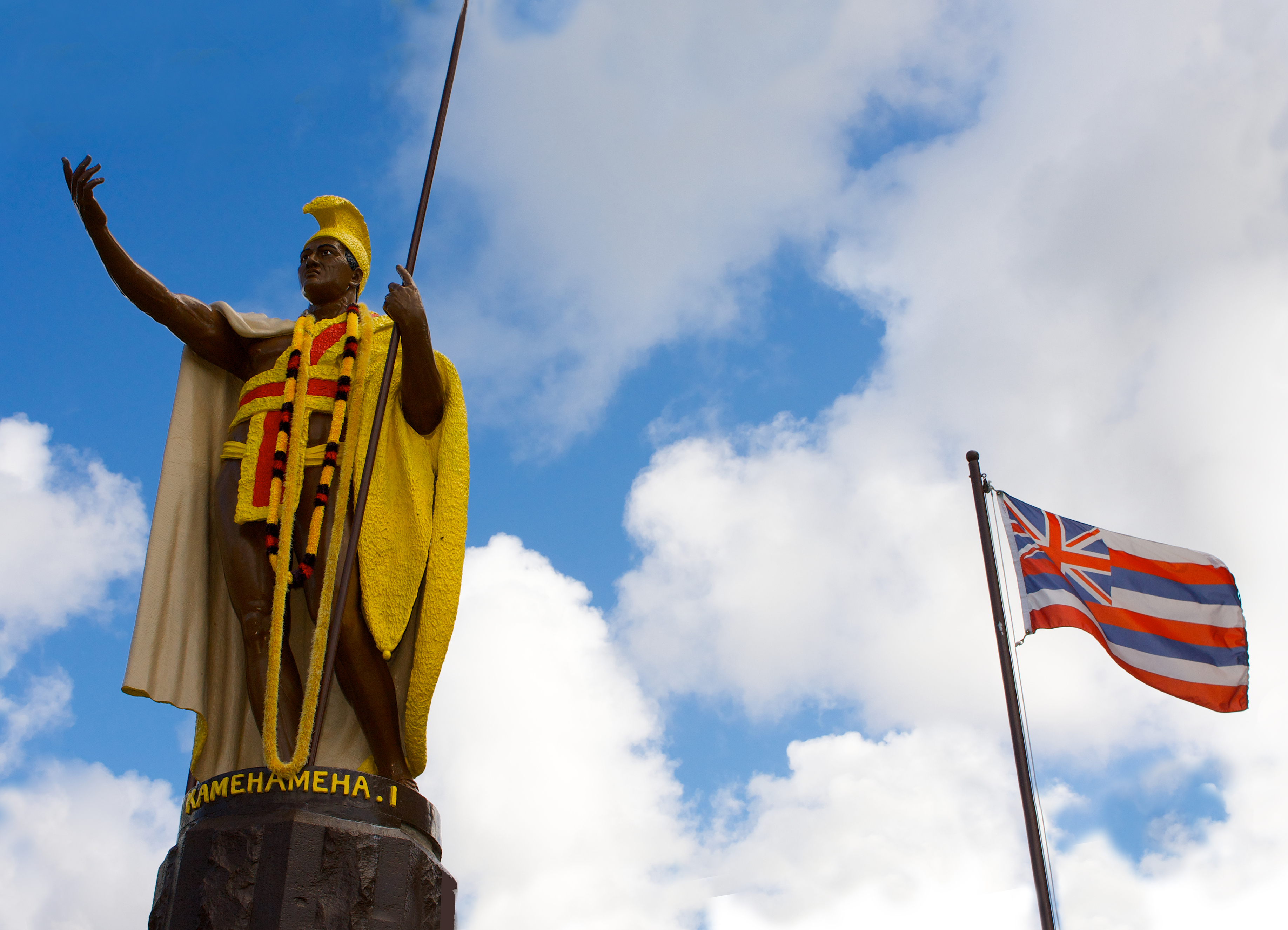Kamehameha Statue and flag.jpg
