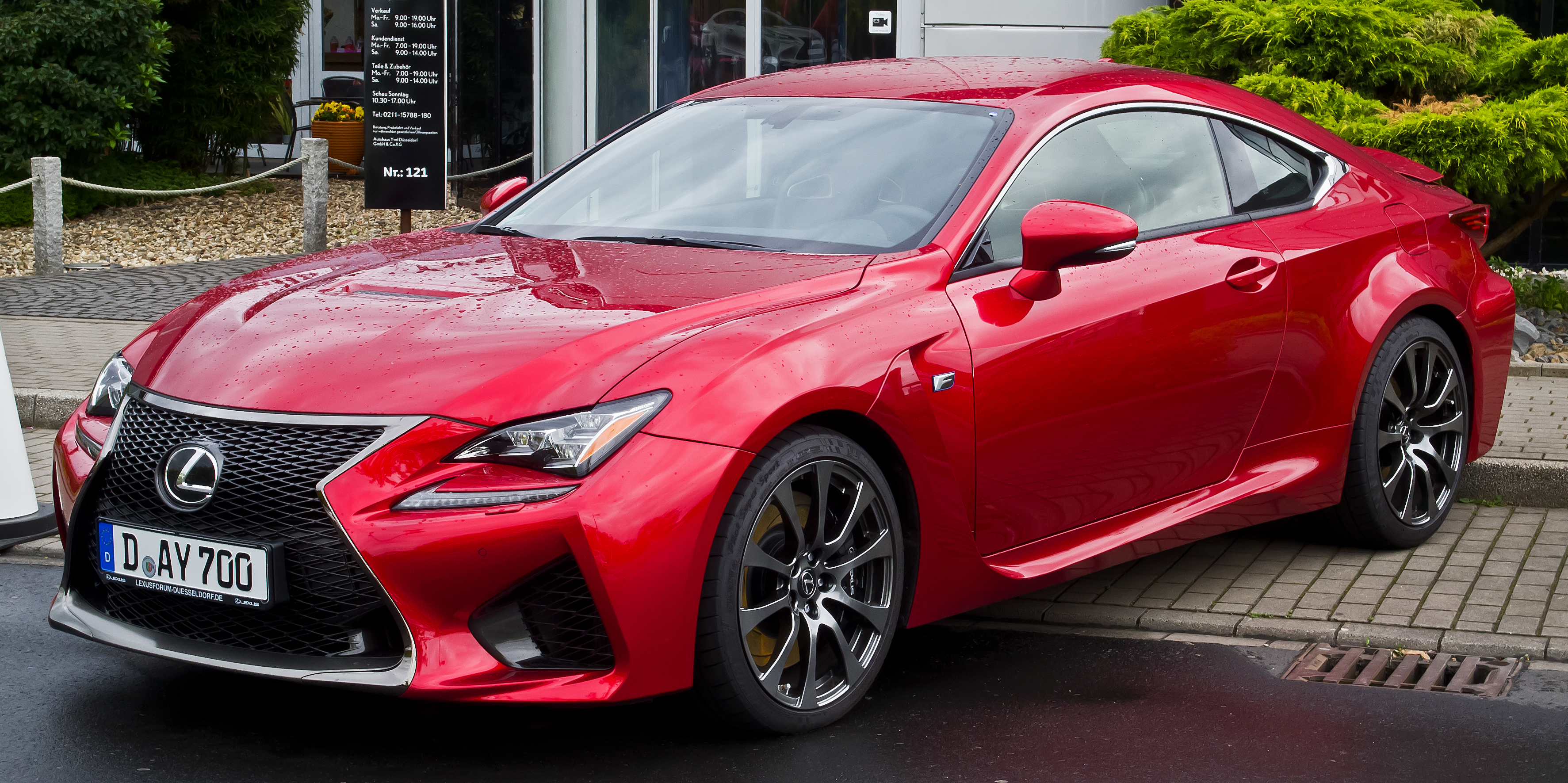file lexus rc f frontansicht 31 mai 2015 d wikimedia commons. Black Bedroom Furniture Sets. Home Design Ideas