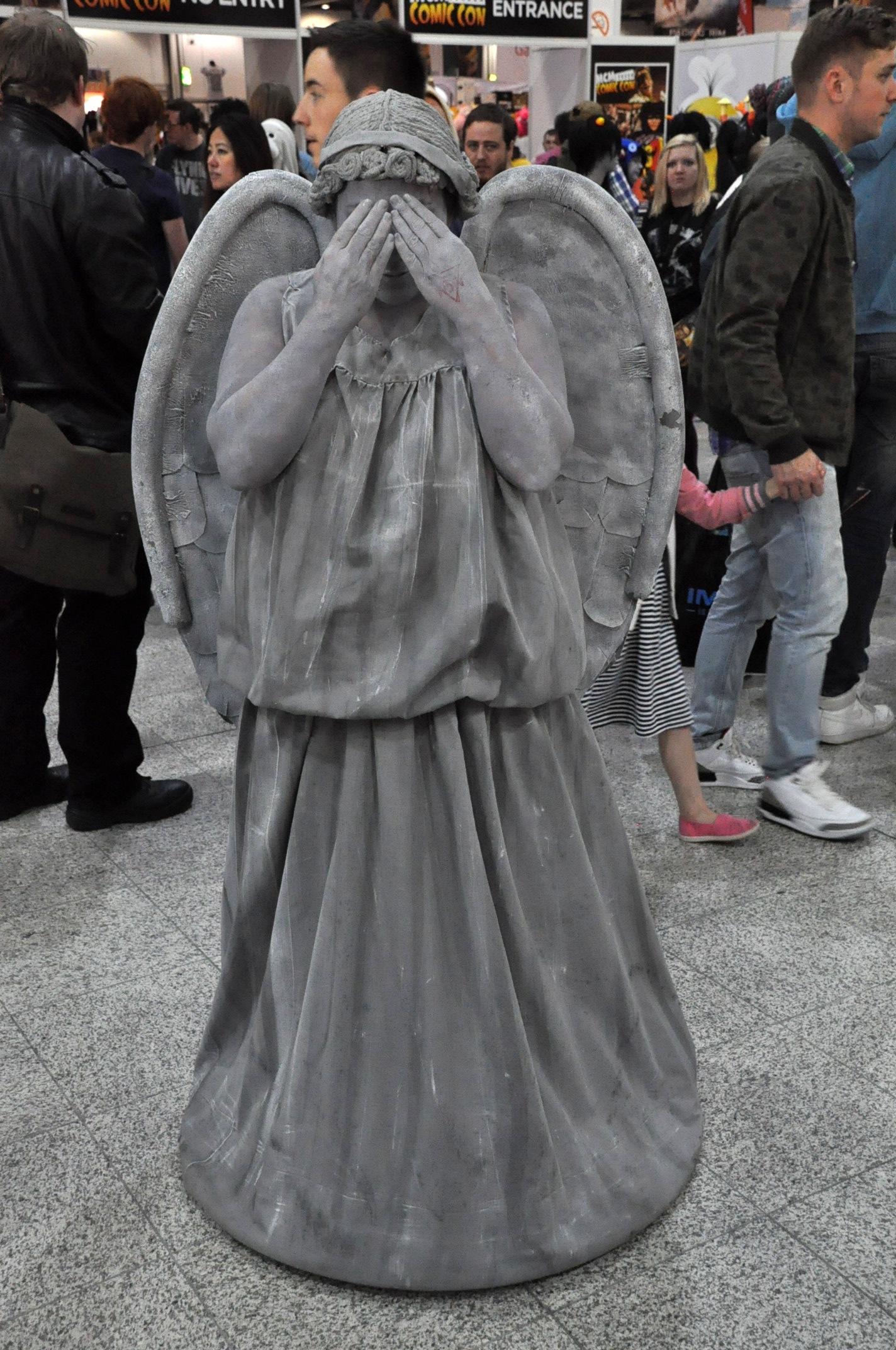 """Résultat de recherche d'images pour """"weeping angel"""""""