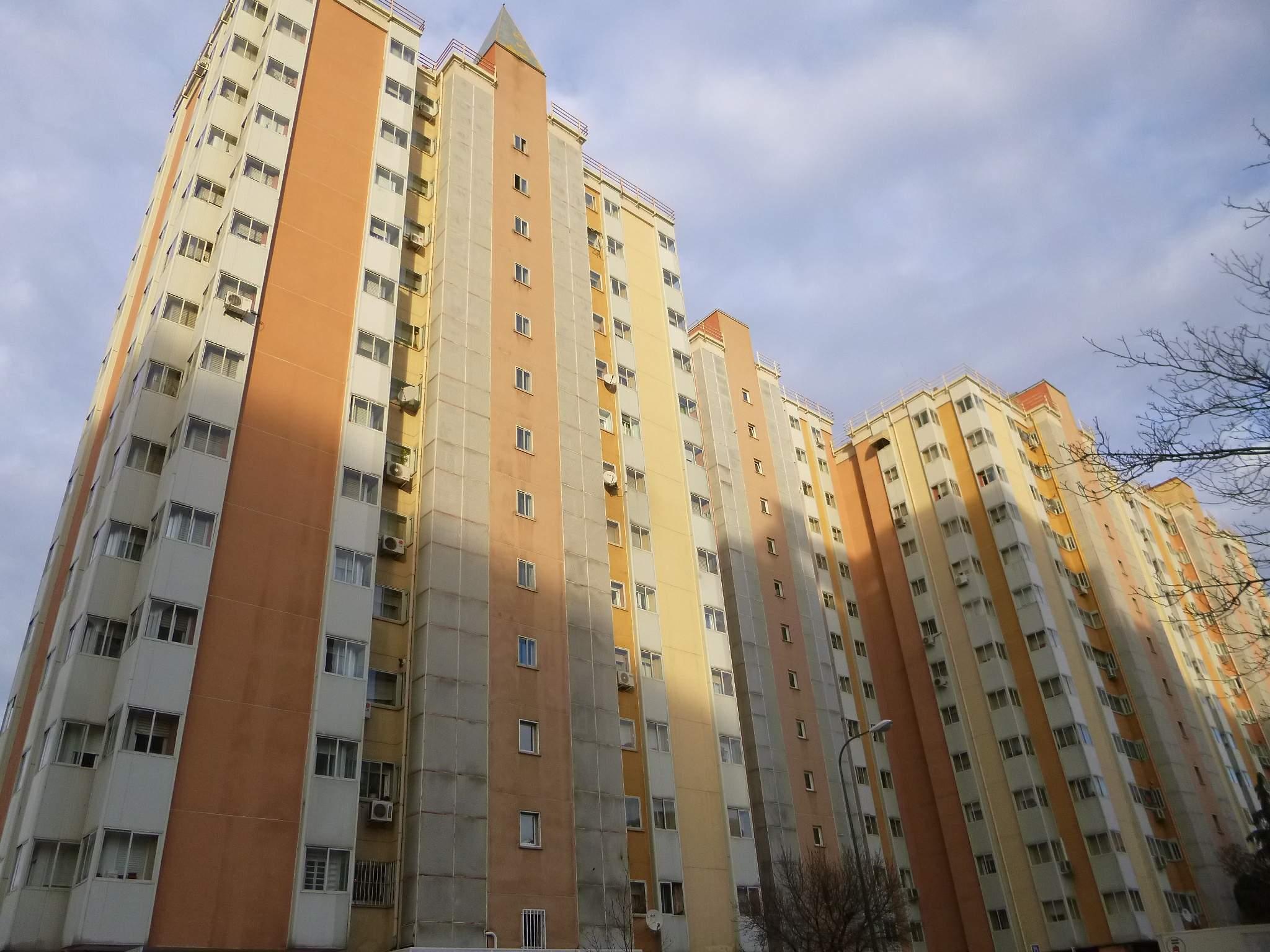 File:Madrid - Barrio de Pinar de Chamartín 5.JPG - Wikimedia Commons