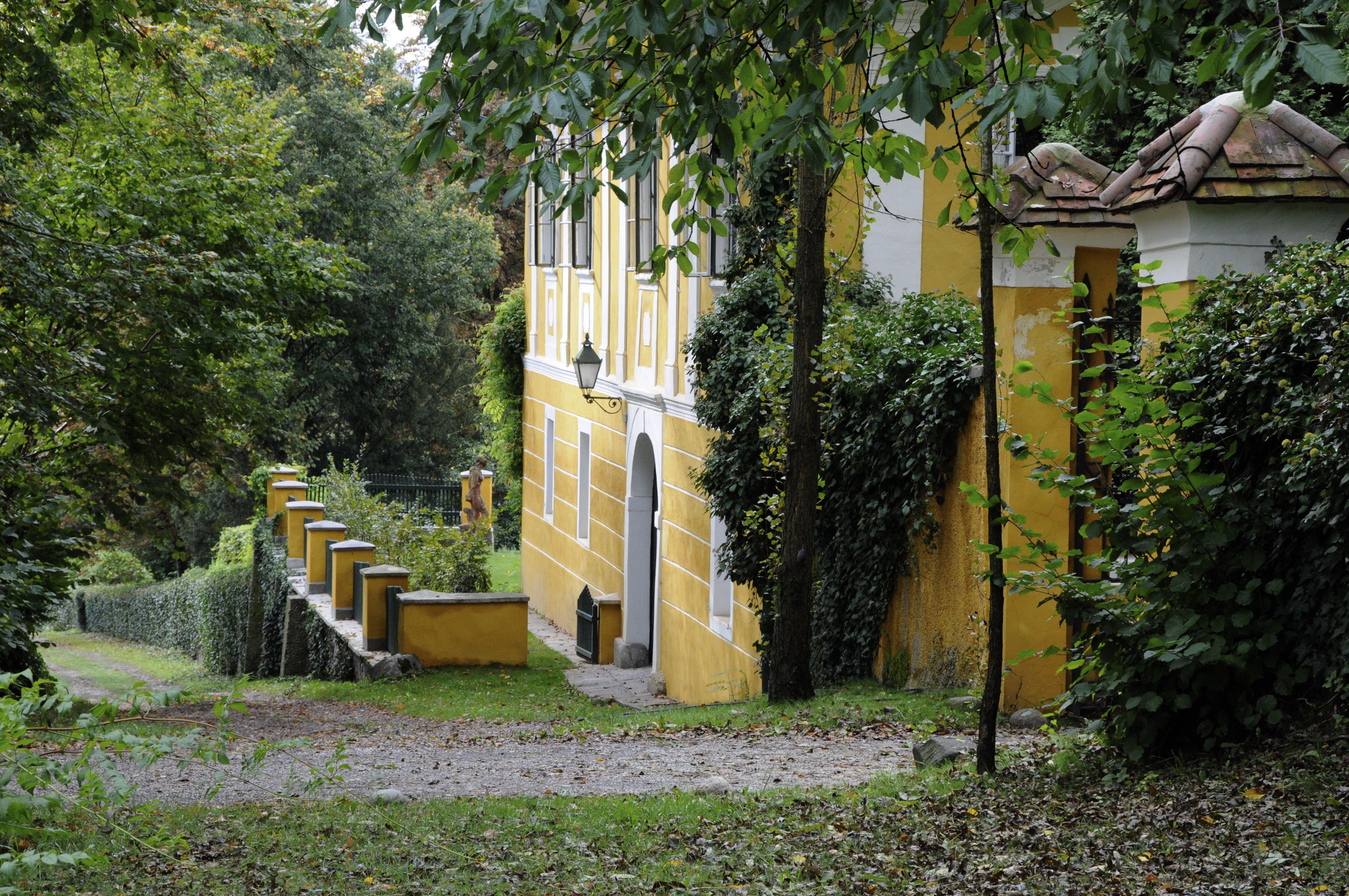 Schloss Ottmanach