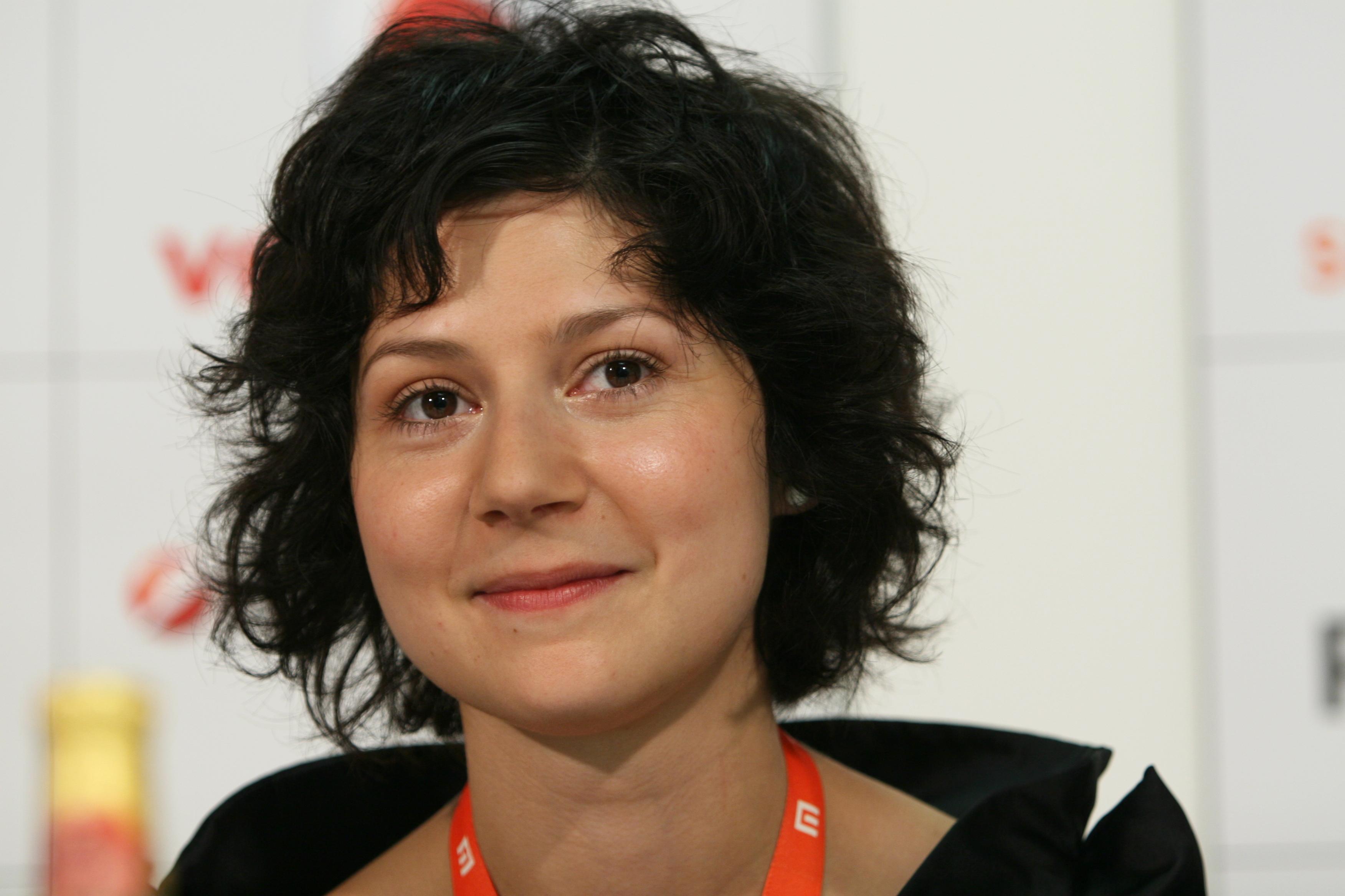 Martha Issova