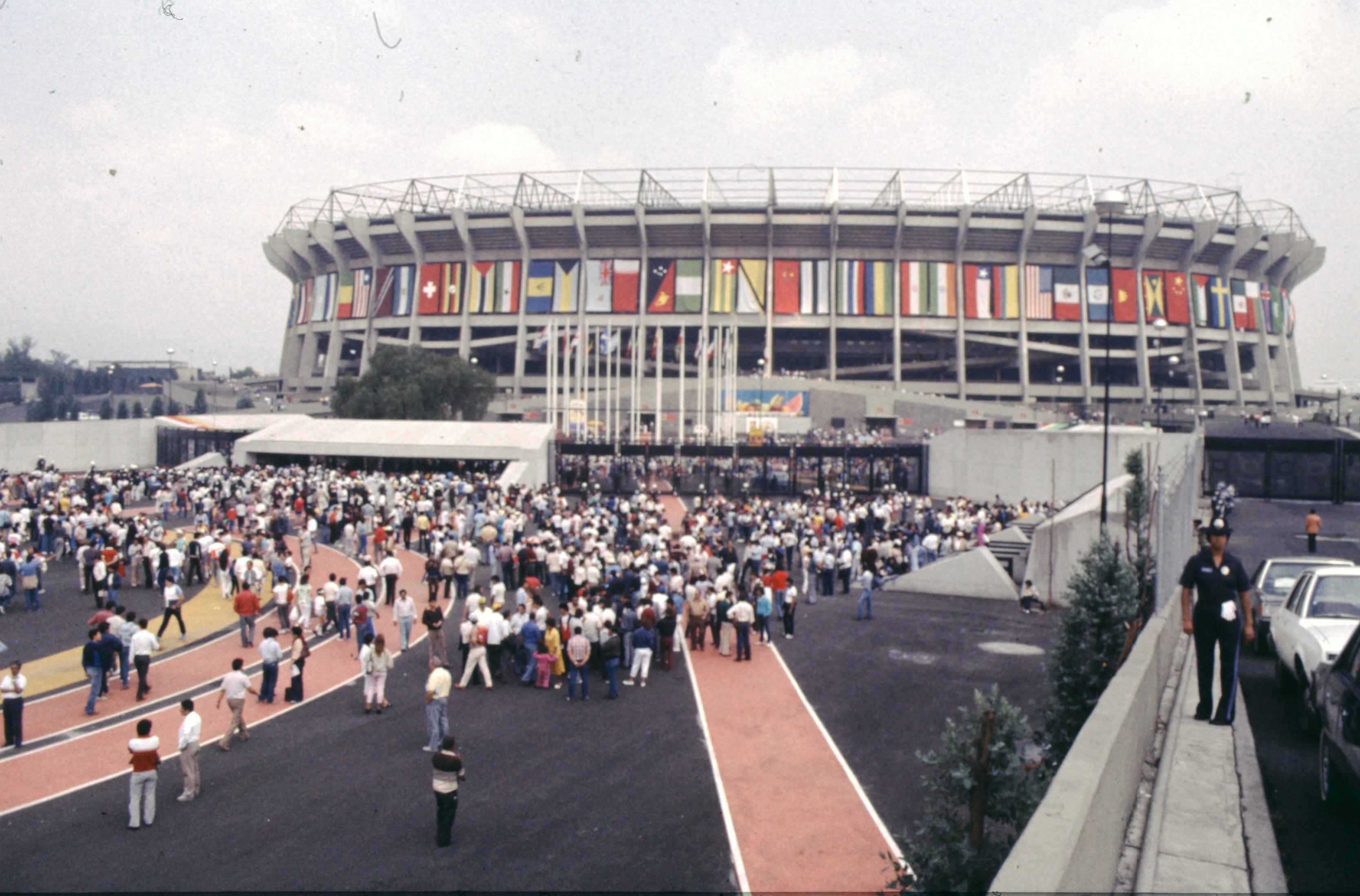 Size Of Mexico City Stadium