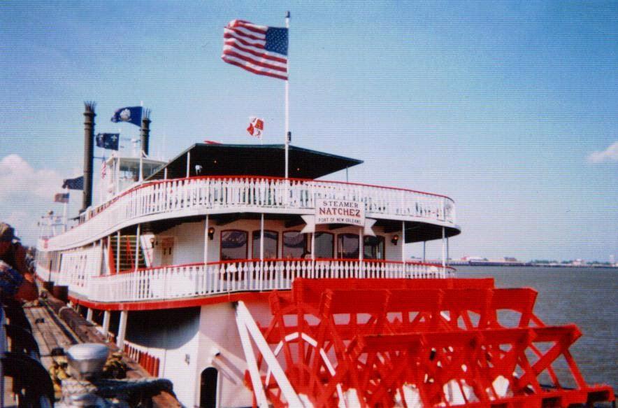 Nantchez Steam Boat Brunvh Tour New Orleans