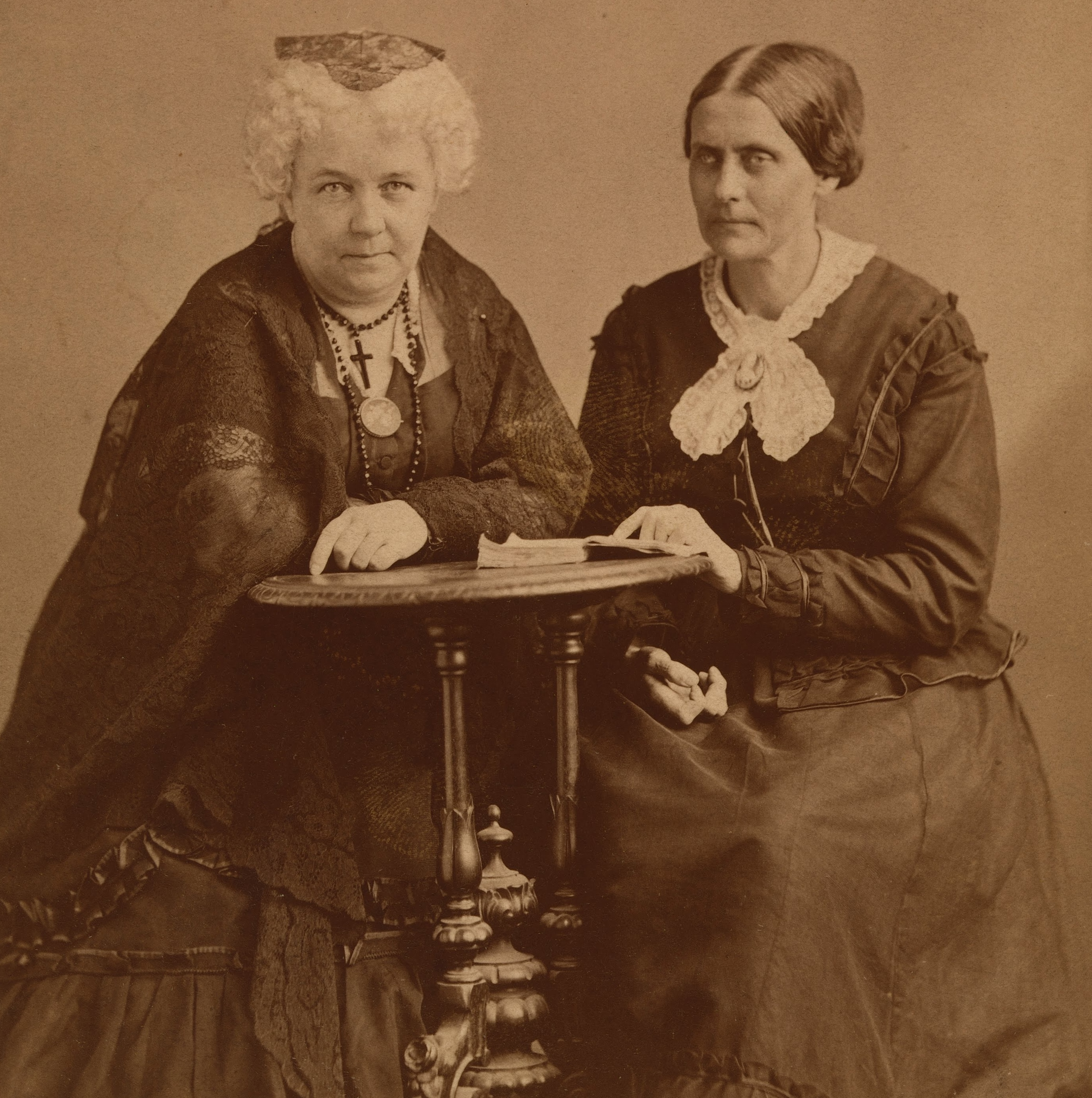 elizabeth cady stanton biography essay Elizabeth cady stanton biography activist, women's rights activist (1815–1902) elizabeth cady stanton was an early leader of the woman's rights movement, writing the declaration of sentiments as.