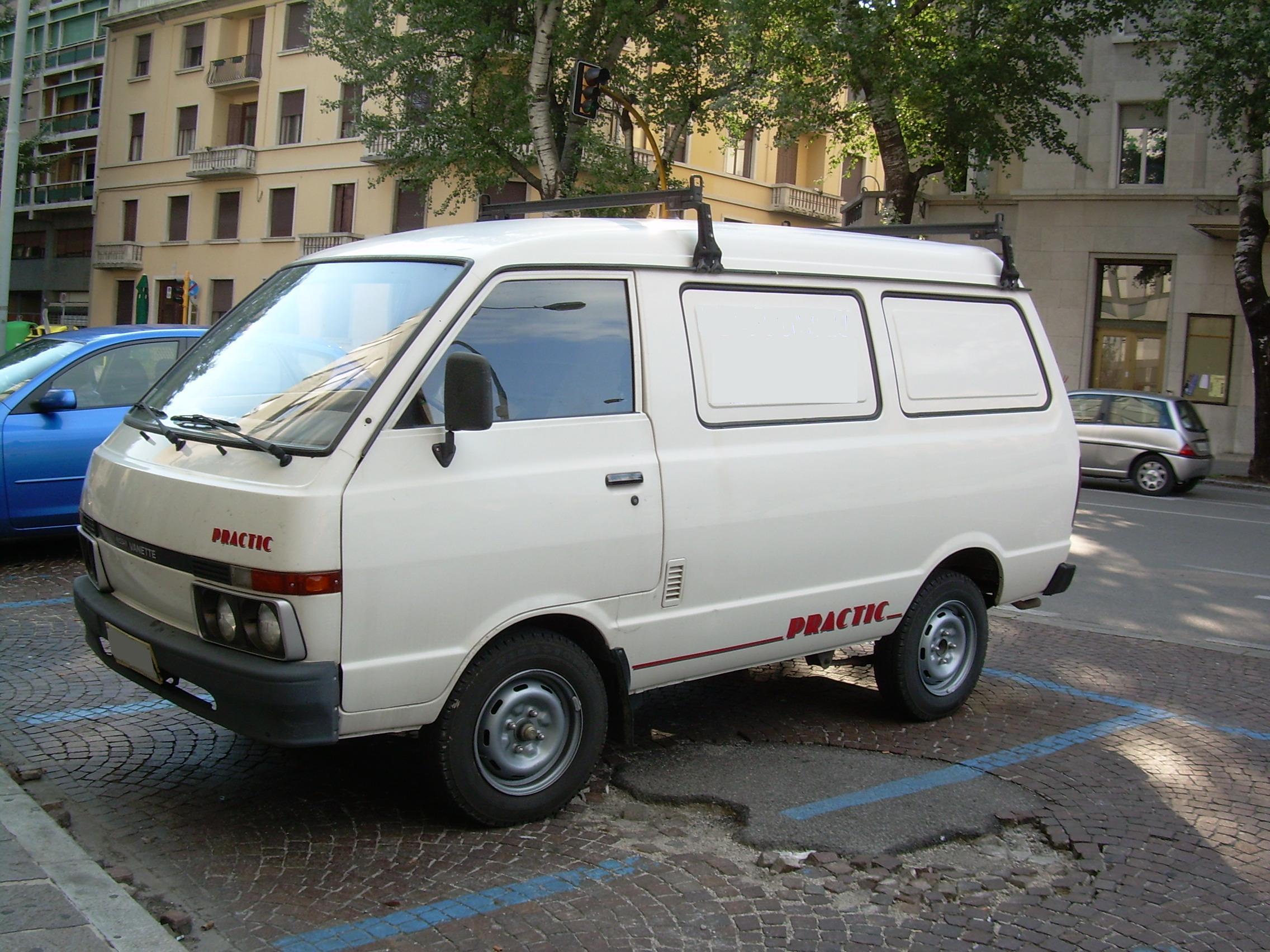File:Nissan Vanette cargo.JPG - Wikipedia