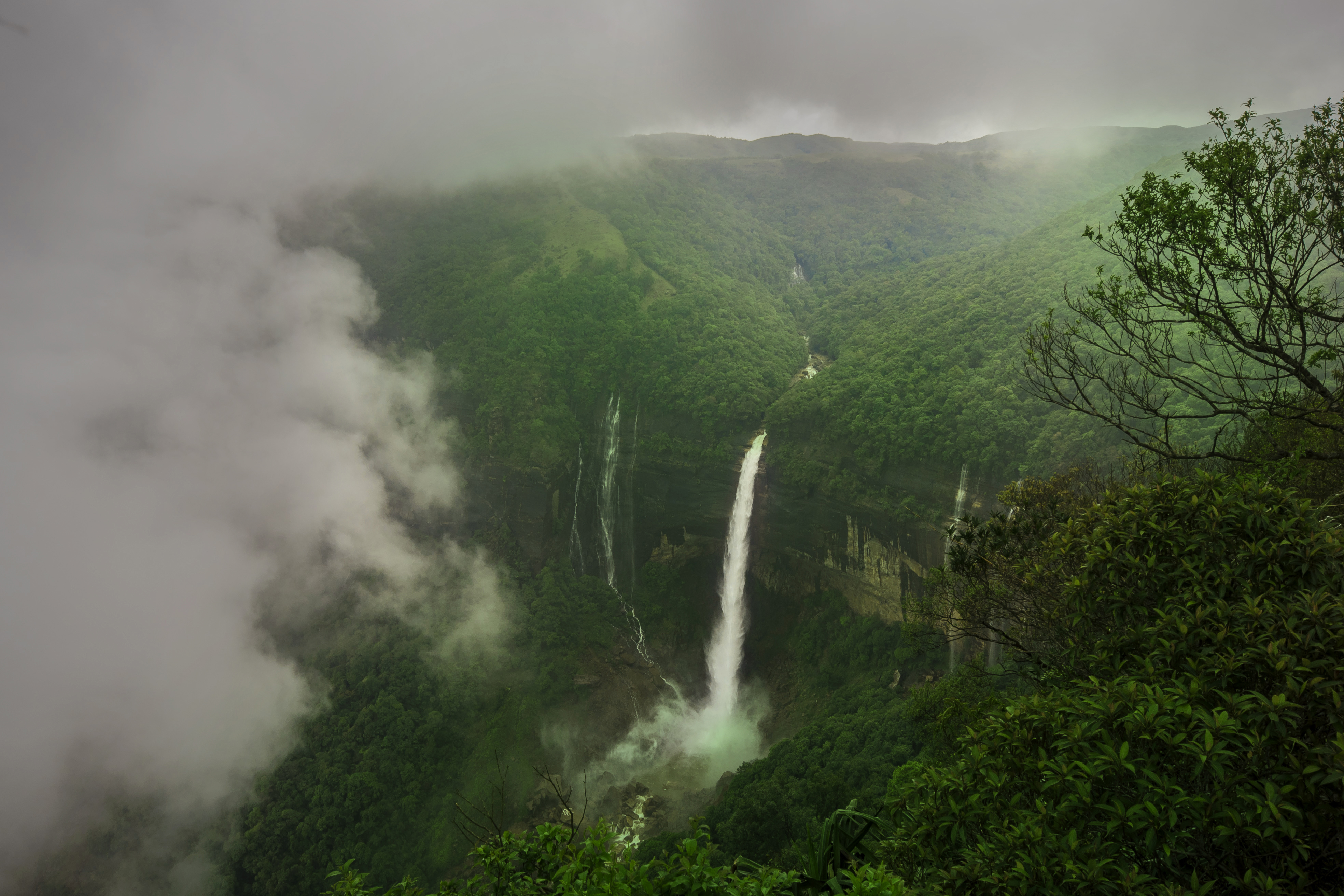 Nohkalikai Falls is one of the best places to visit in Meghalaya