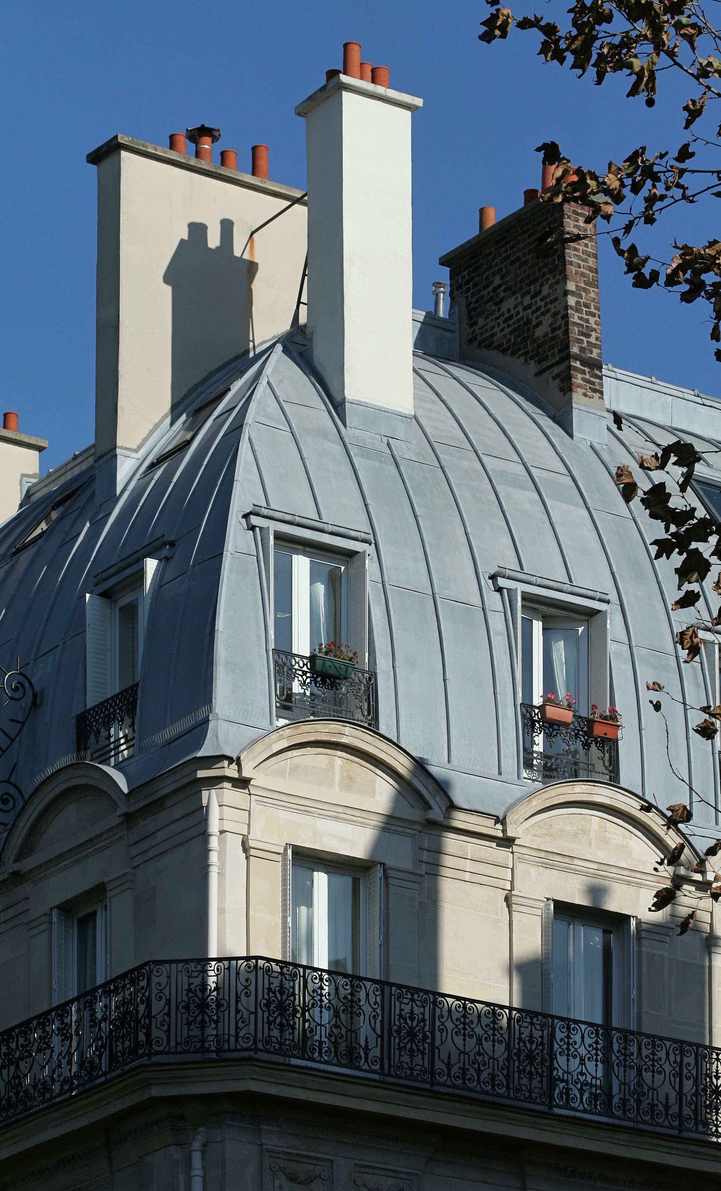 File Place Saint Michel Paris Num 233 Ro 3 Toit Jpg