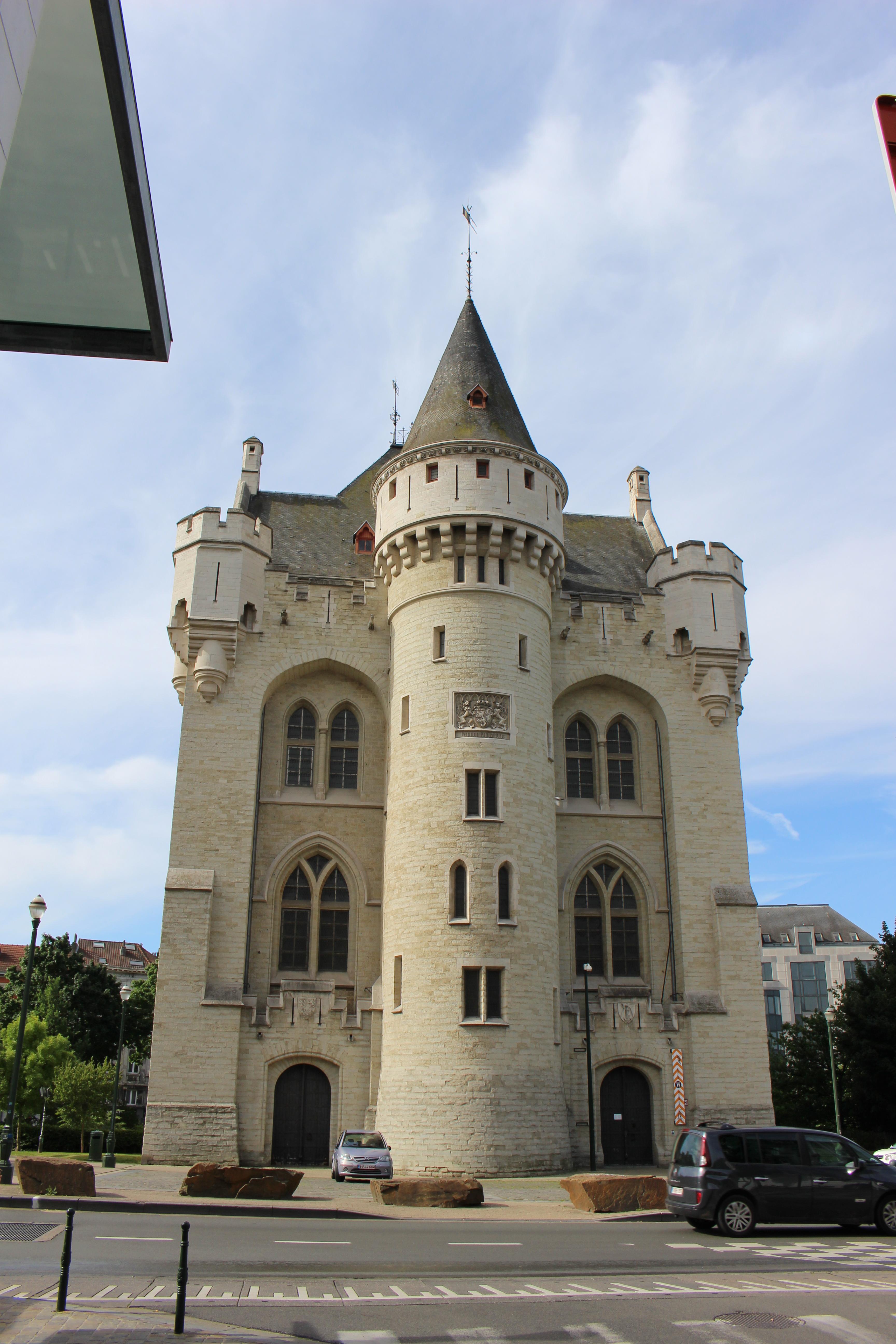 File Porte de Hal Bruxelles.jpg - Wikimedia Commons ae38b0107e7