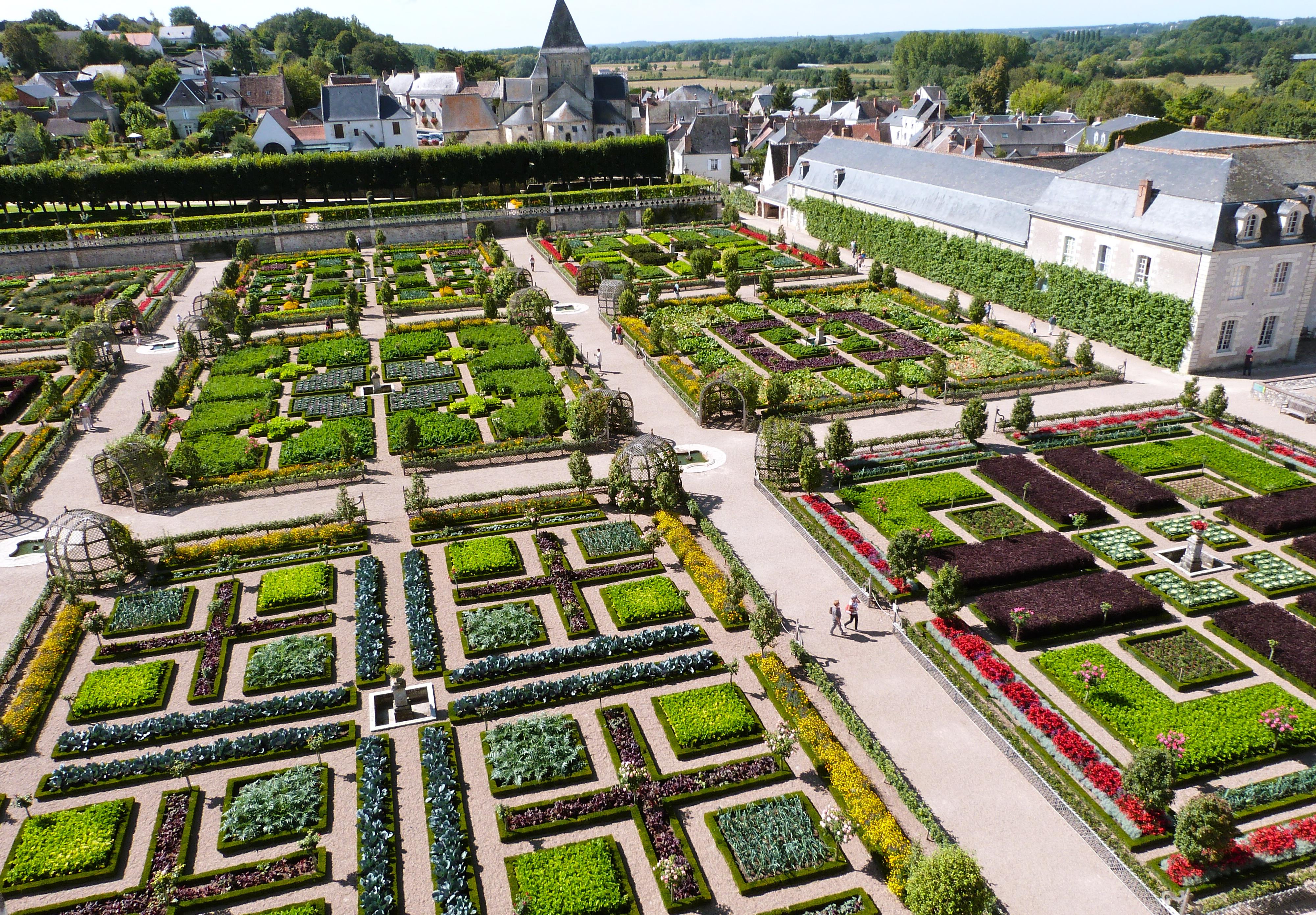 Potager original the gardens are being restored to their for Deco jardin original
