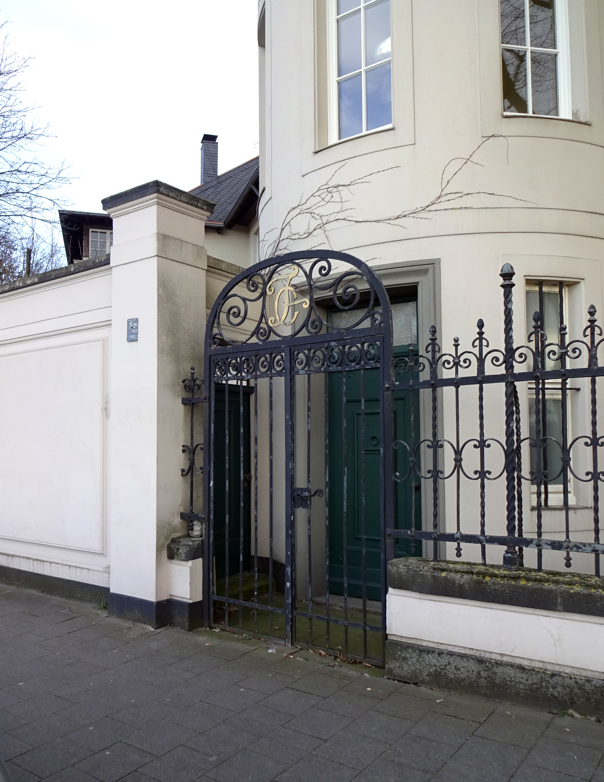 File:Ritterstraße 2, Seite Reuterkaserne, Düsseldorf