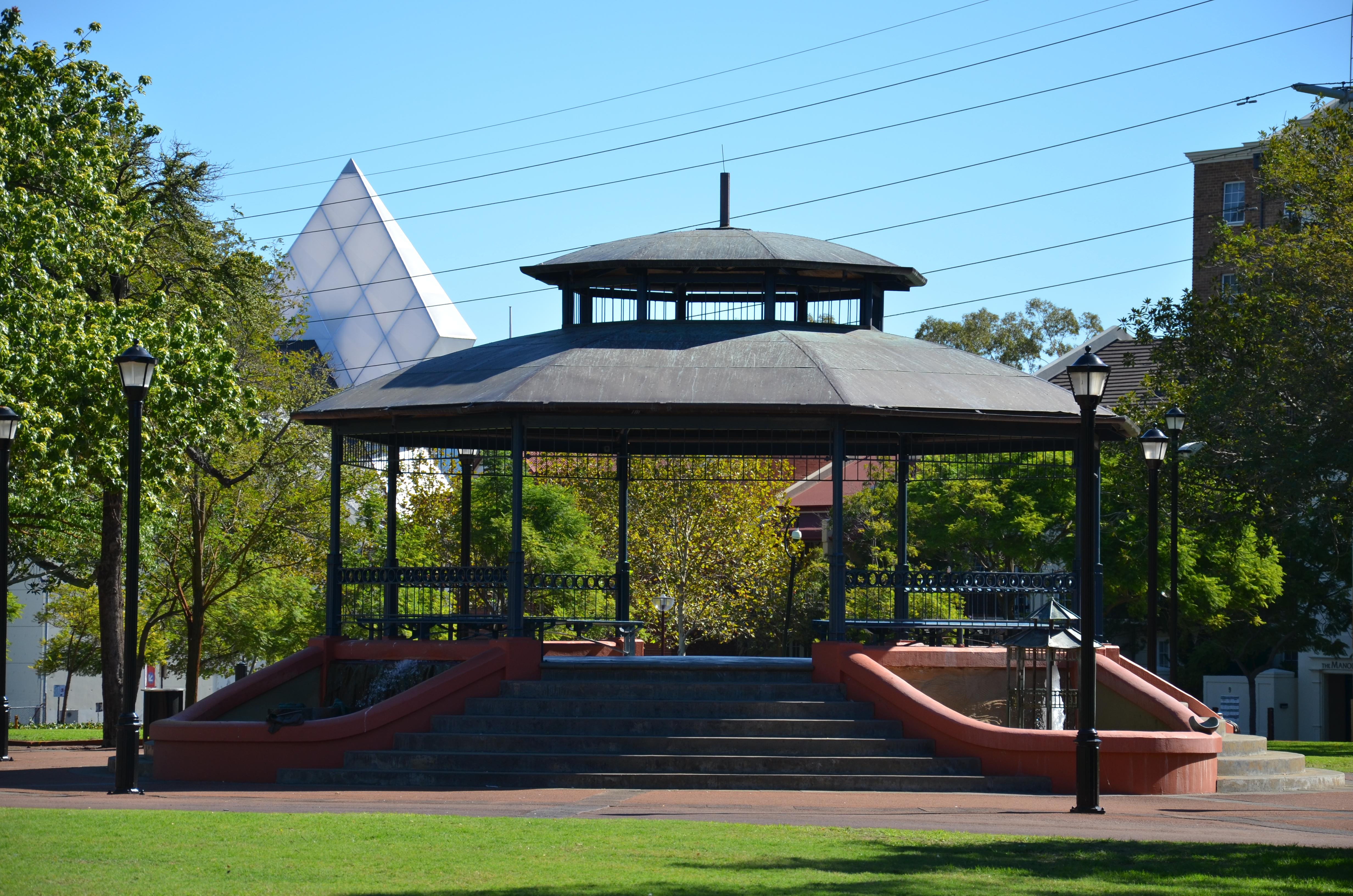 Between dates in Perth