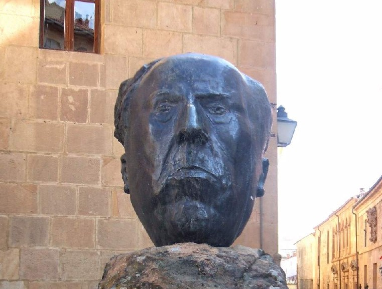 Archivo:Soria - Monumento a Antonio Machado.jpg - Wikipedia, la ...