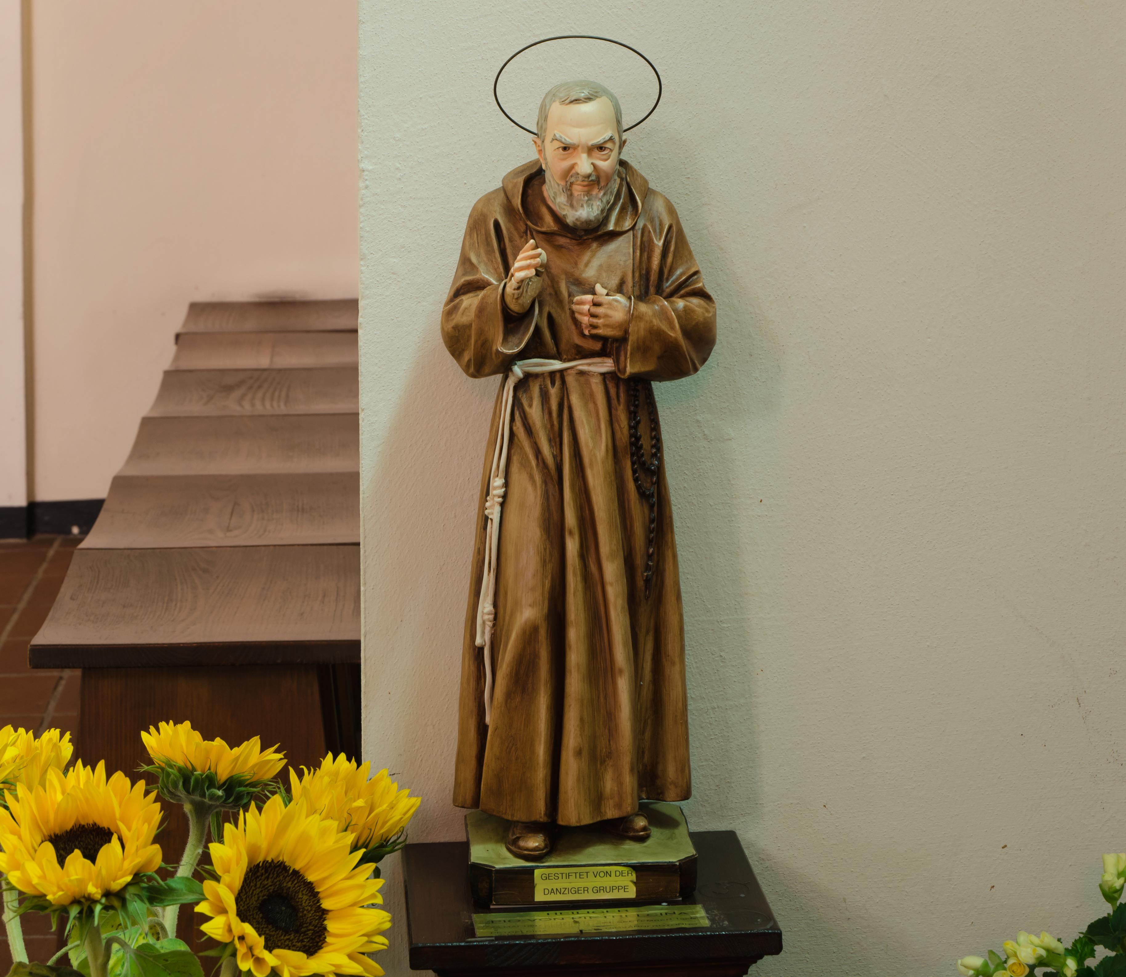 File St Joseph Wandsbek Statue Des Pio Von Pietrelcina