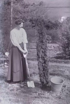 In 1911 at Eagle House Aeta Lamb planted a tree to celebrate her imprisonment. The picture was taken by Colonel Linley Blathwayt