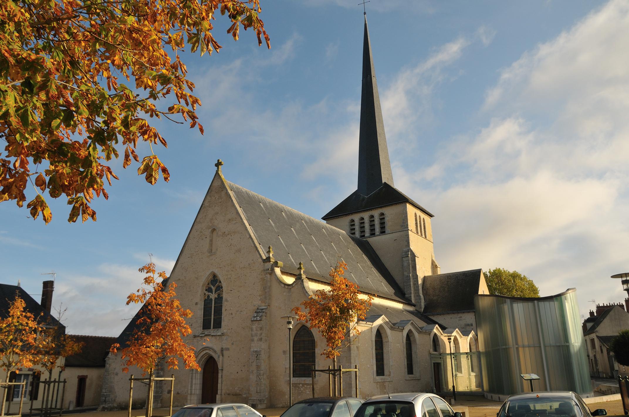 L 39 glise saint germain monument france sully sur loire - Chambre d hotes sully sur loire ...