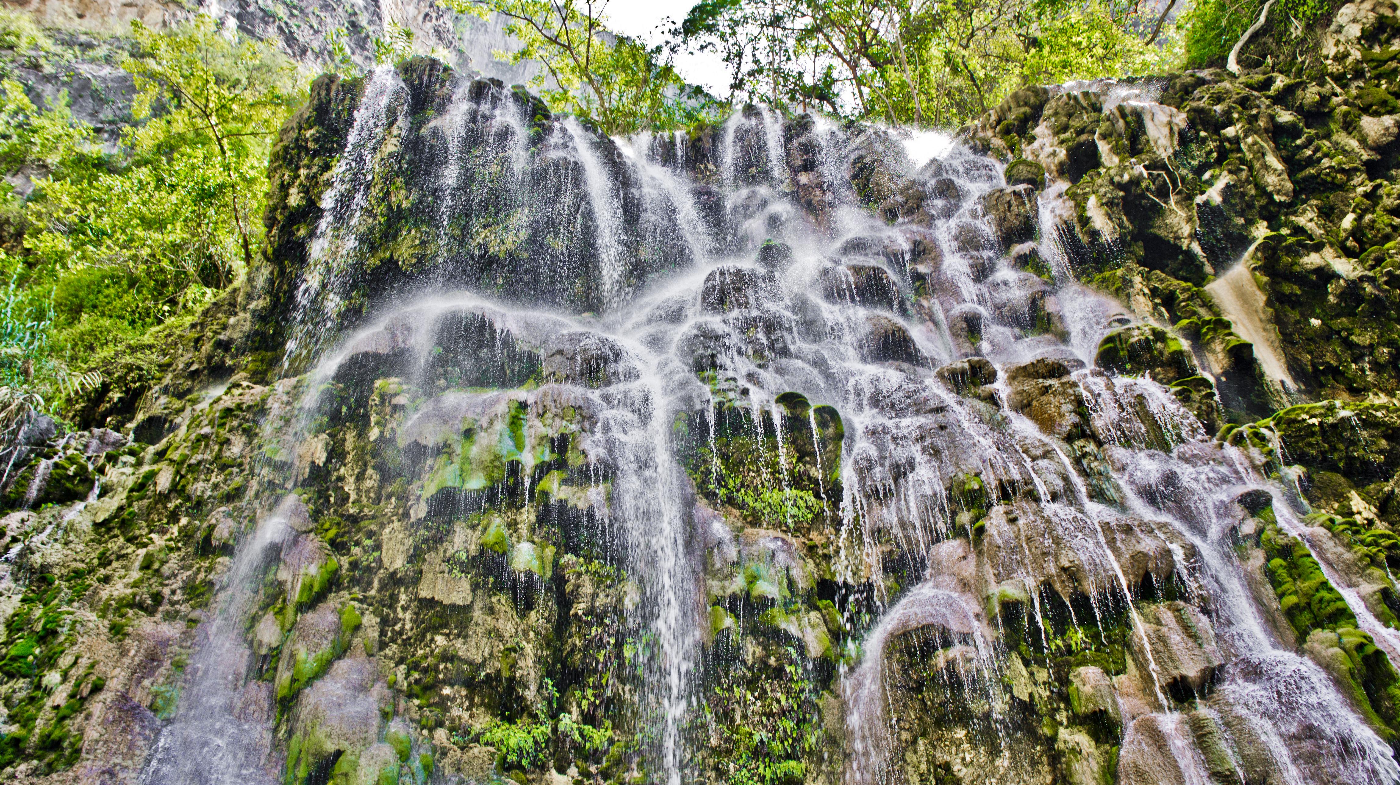 vista de las cascadas de tolantongo