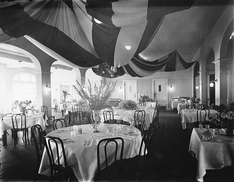 File tacoma country and golf club dining room near