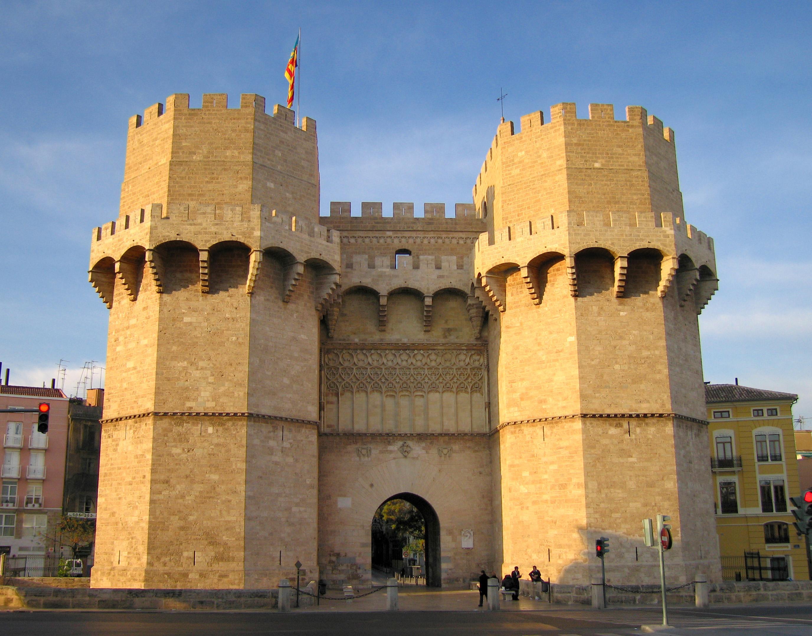 Resultado de imagen de torres serranos valencia