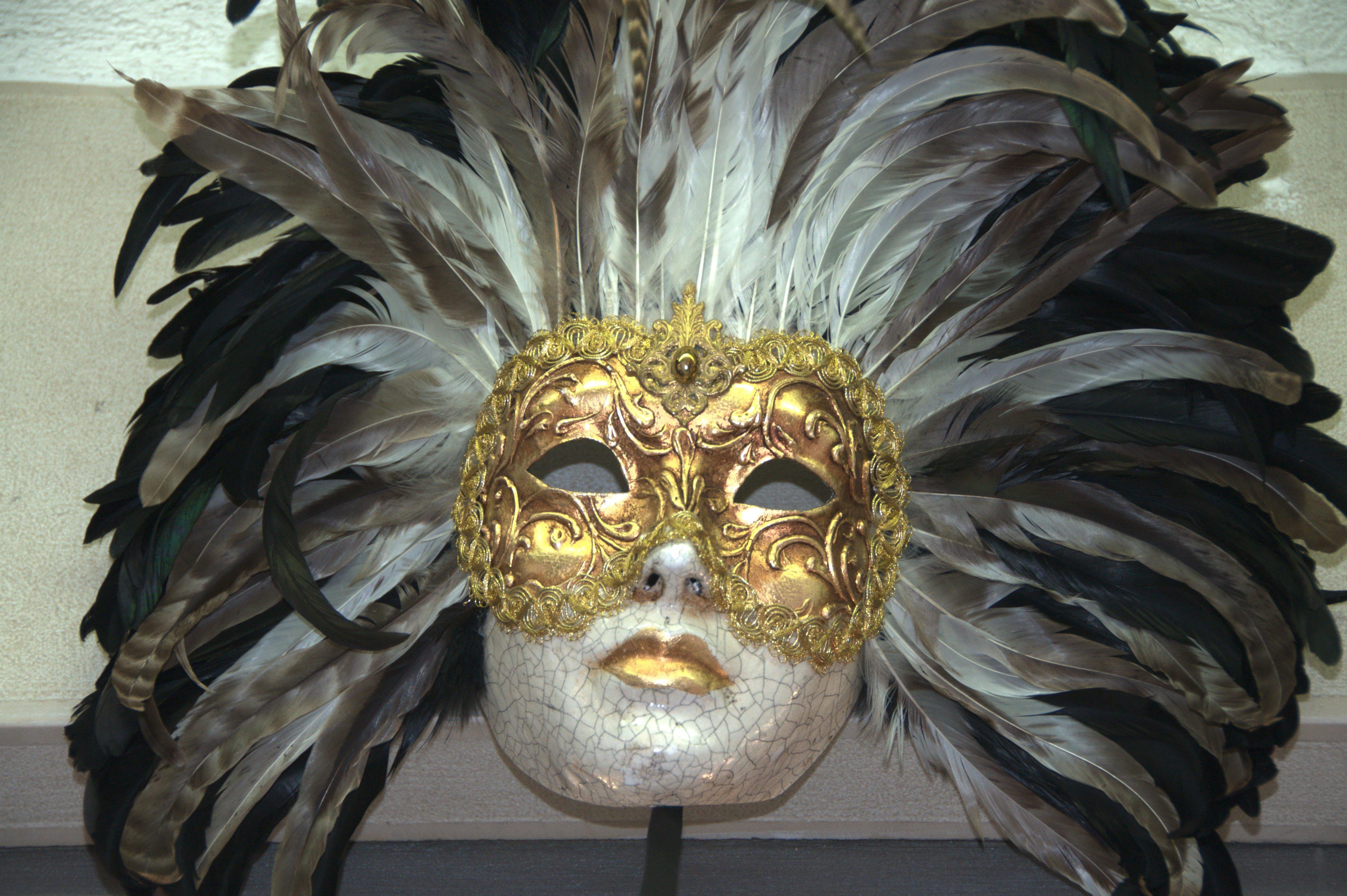 File:Venetian Carnival Mask - Maschera di Carnevale ...