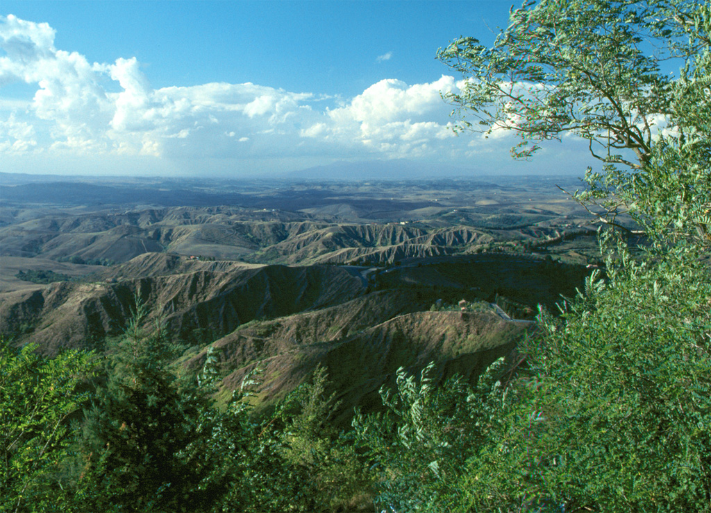 http://upload.wikimedia.org/wikipedia/commons/b/bb/Volterra_Balze.jpg