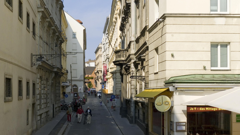 Wien 01 Johannesgasse a.jpg
