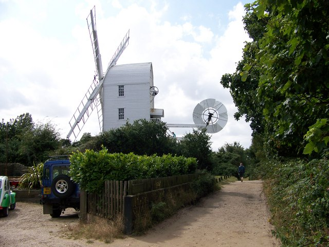 Windmill, Thorpeness, Suffolk - geograph.org.uk - 927051