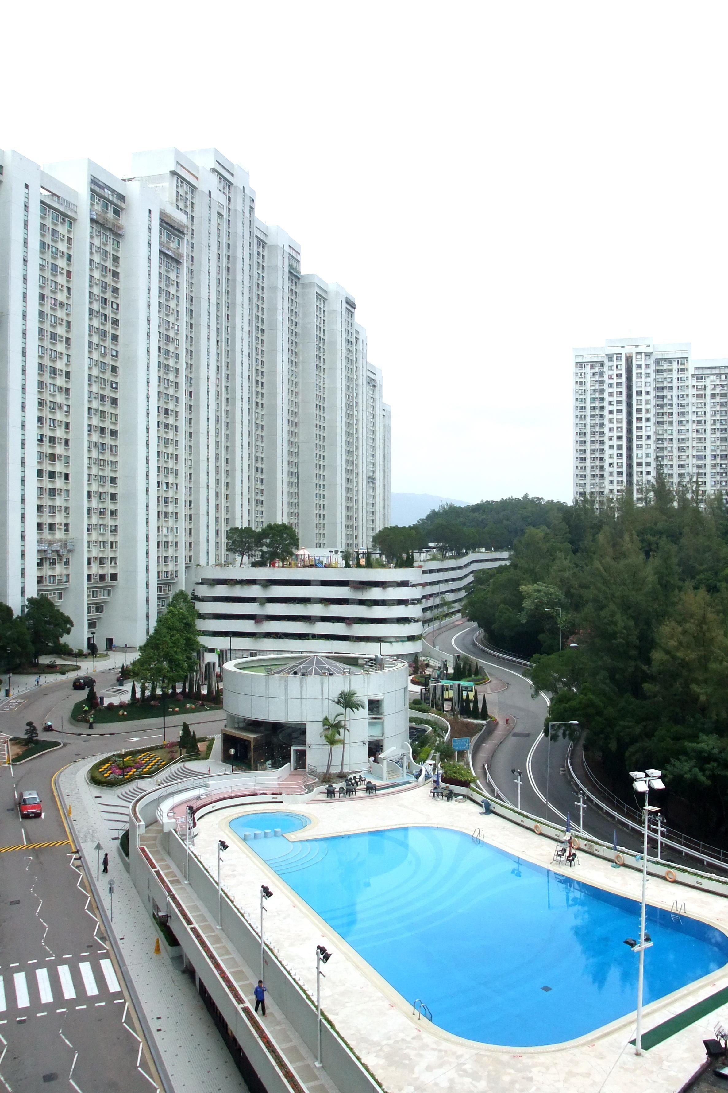 香港����y.9���a��-yolL�M_399 × 599 像素