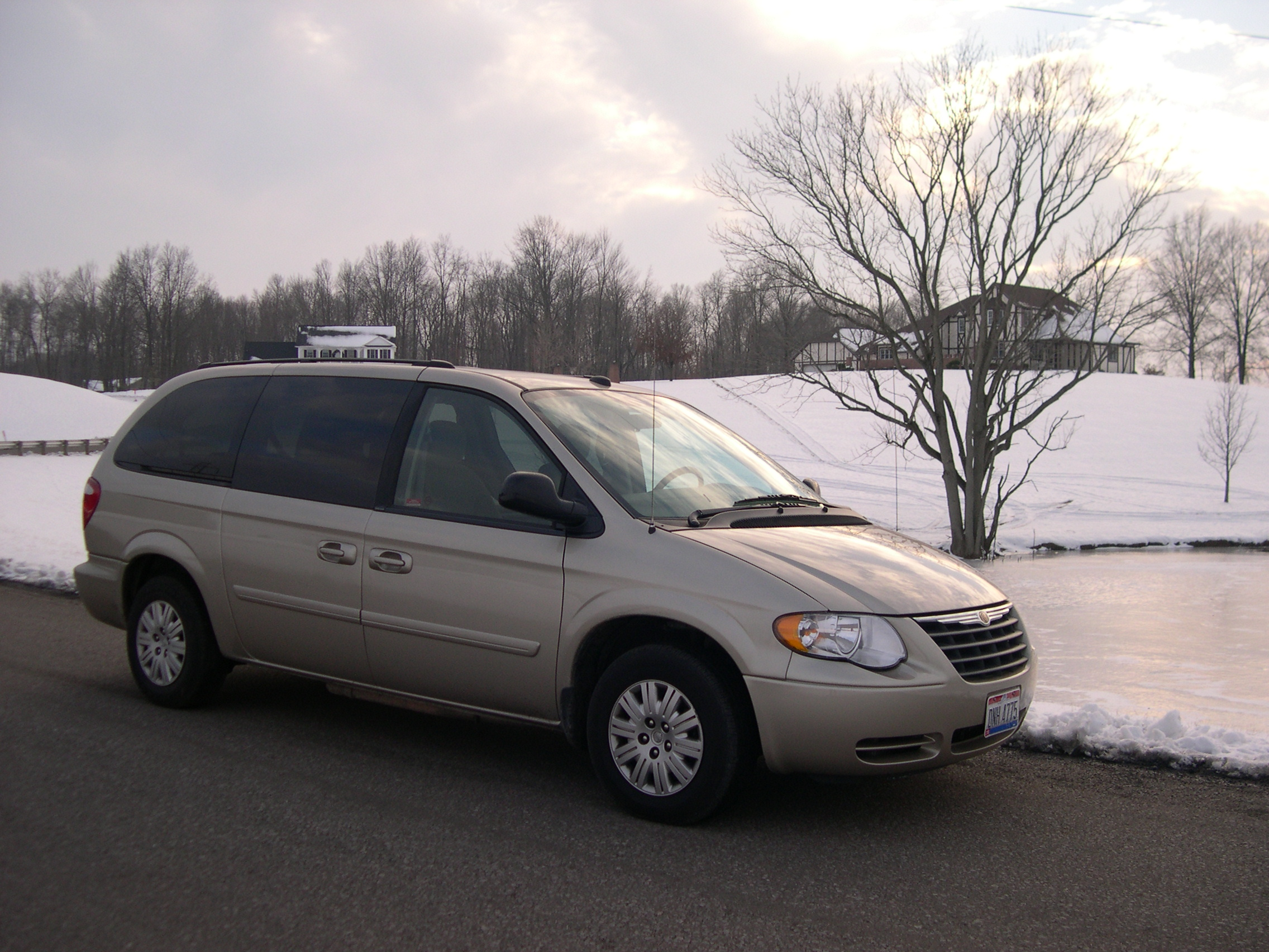 Chrysler Town ampamp Country  Wikipedia
