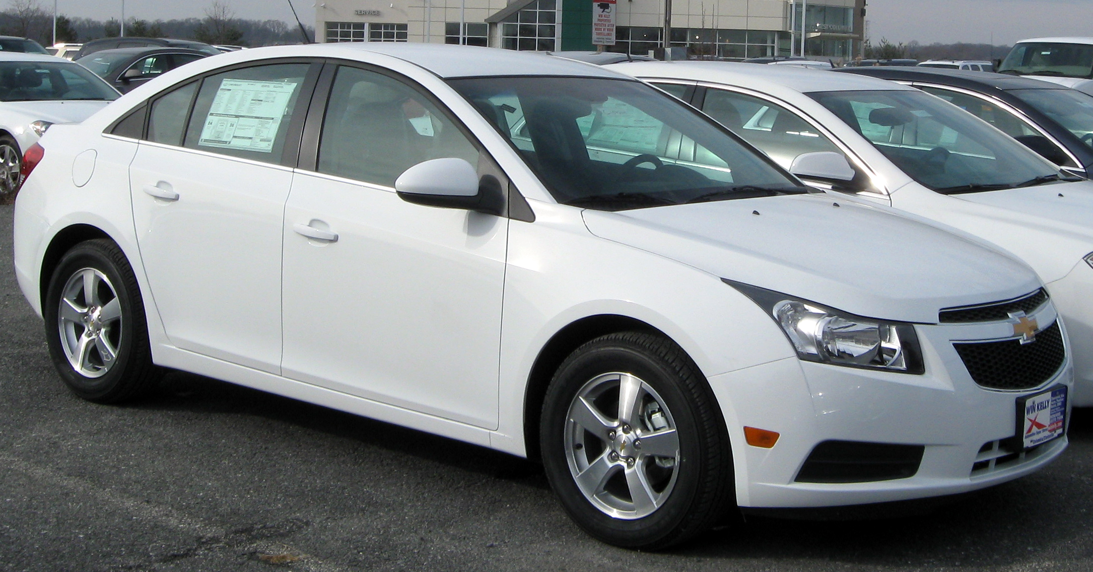 Kelebihan Cruze Chevrolet Spesifikasi