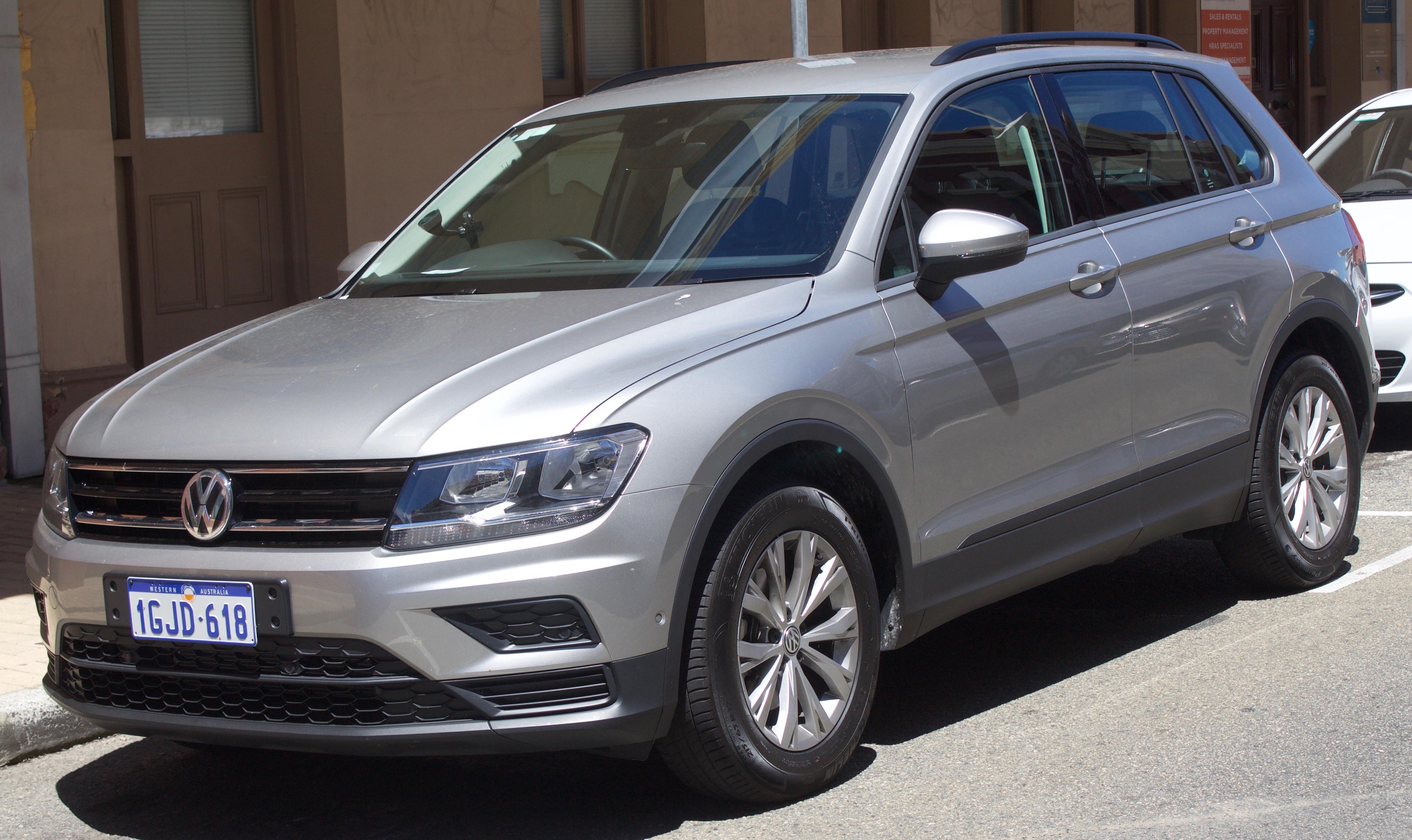 File 2017 Volkswagen Tiguan 110tsi Trendline 2wd Wagon 11 18