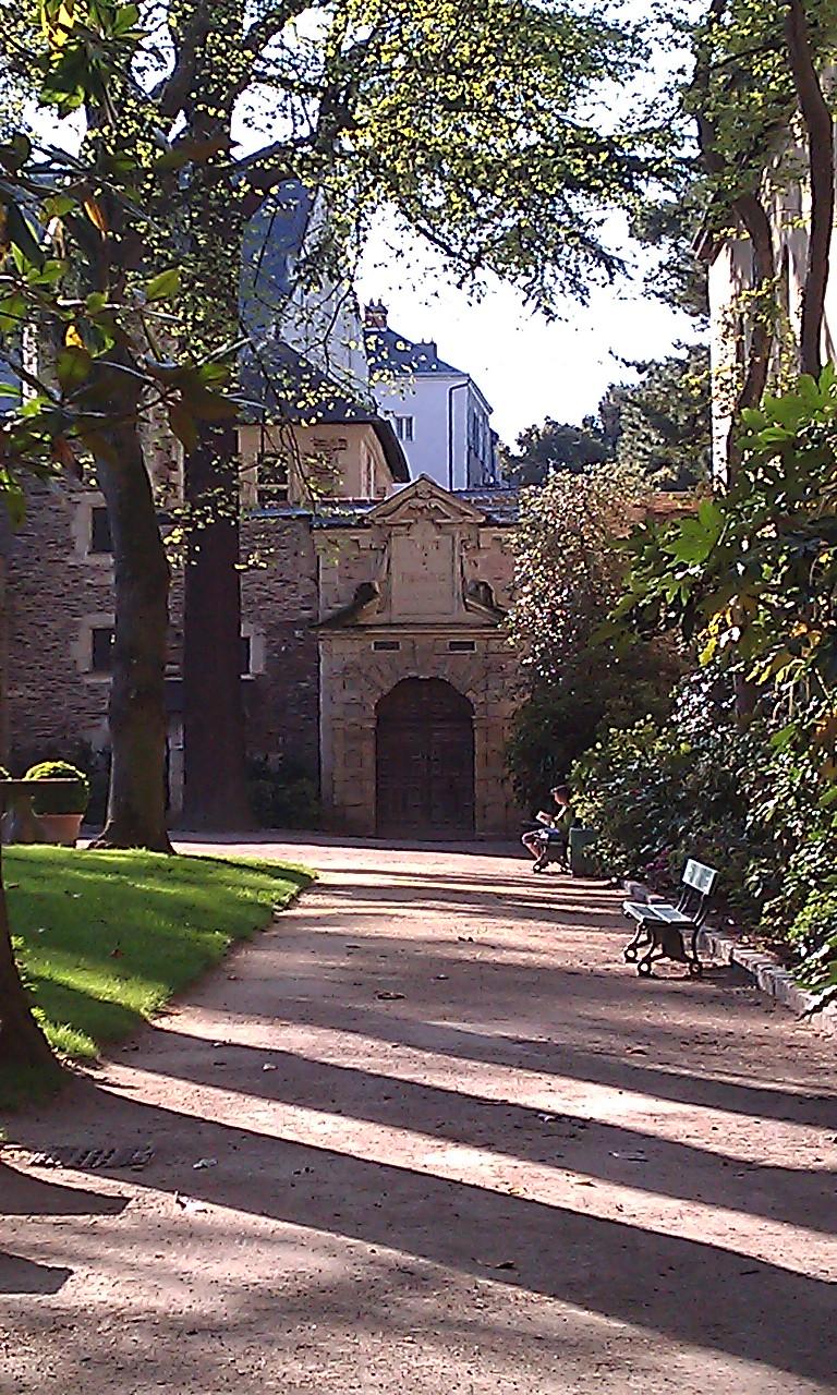 File angers jardin de l 39 h pital saint for Au fond du jardin saint saens