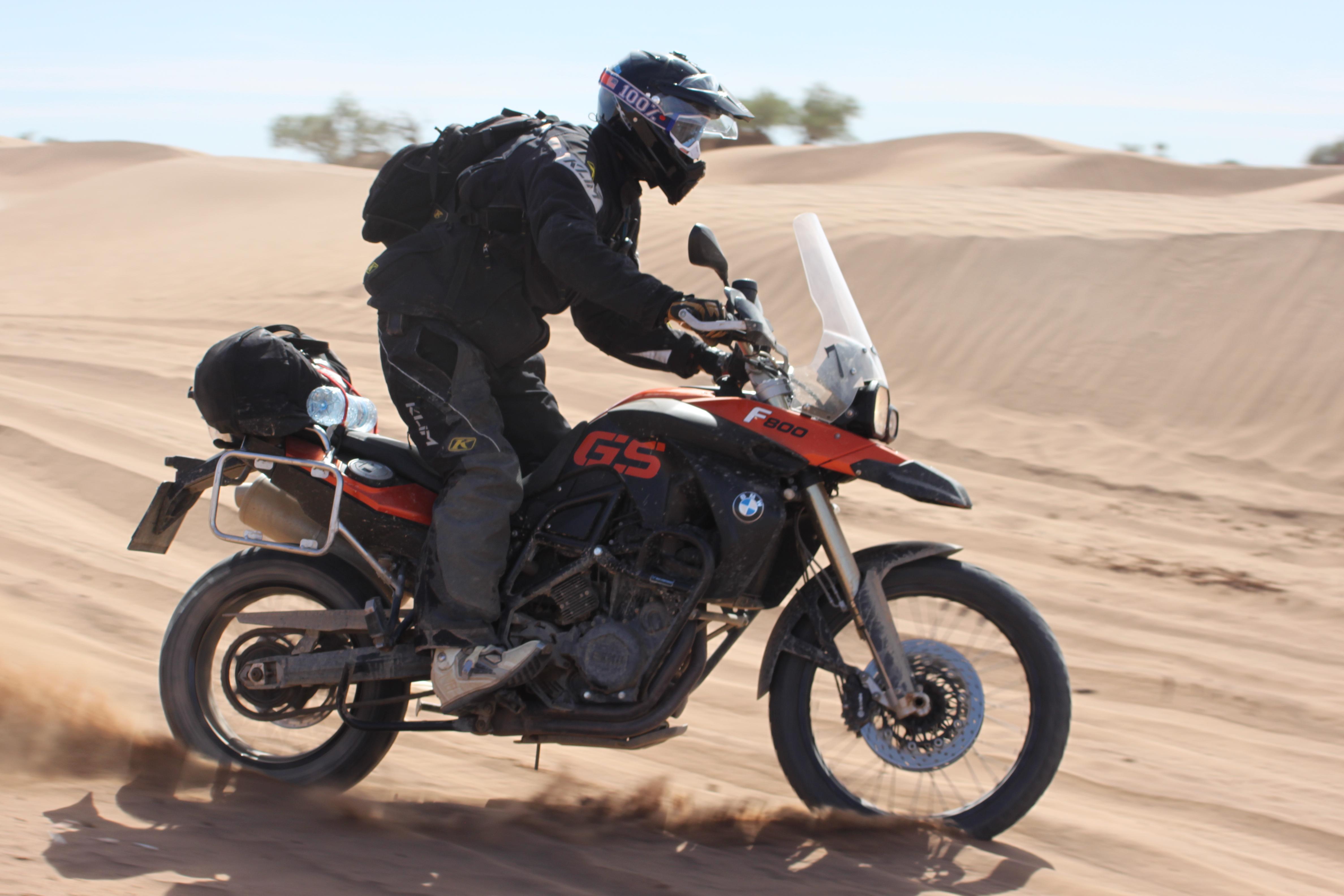 File:BMW F800GS black-red Sahara Desert- Morocco.jpg - Wikimedia Commons
