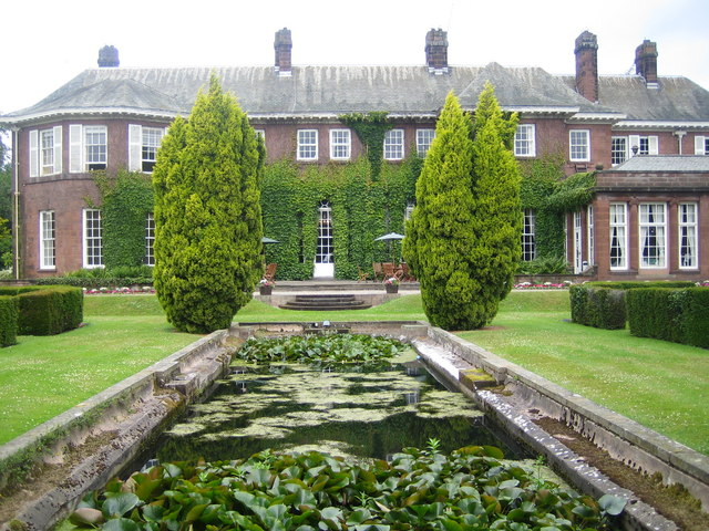 Burton Manor - Wikipedia