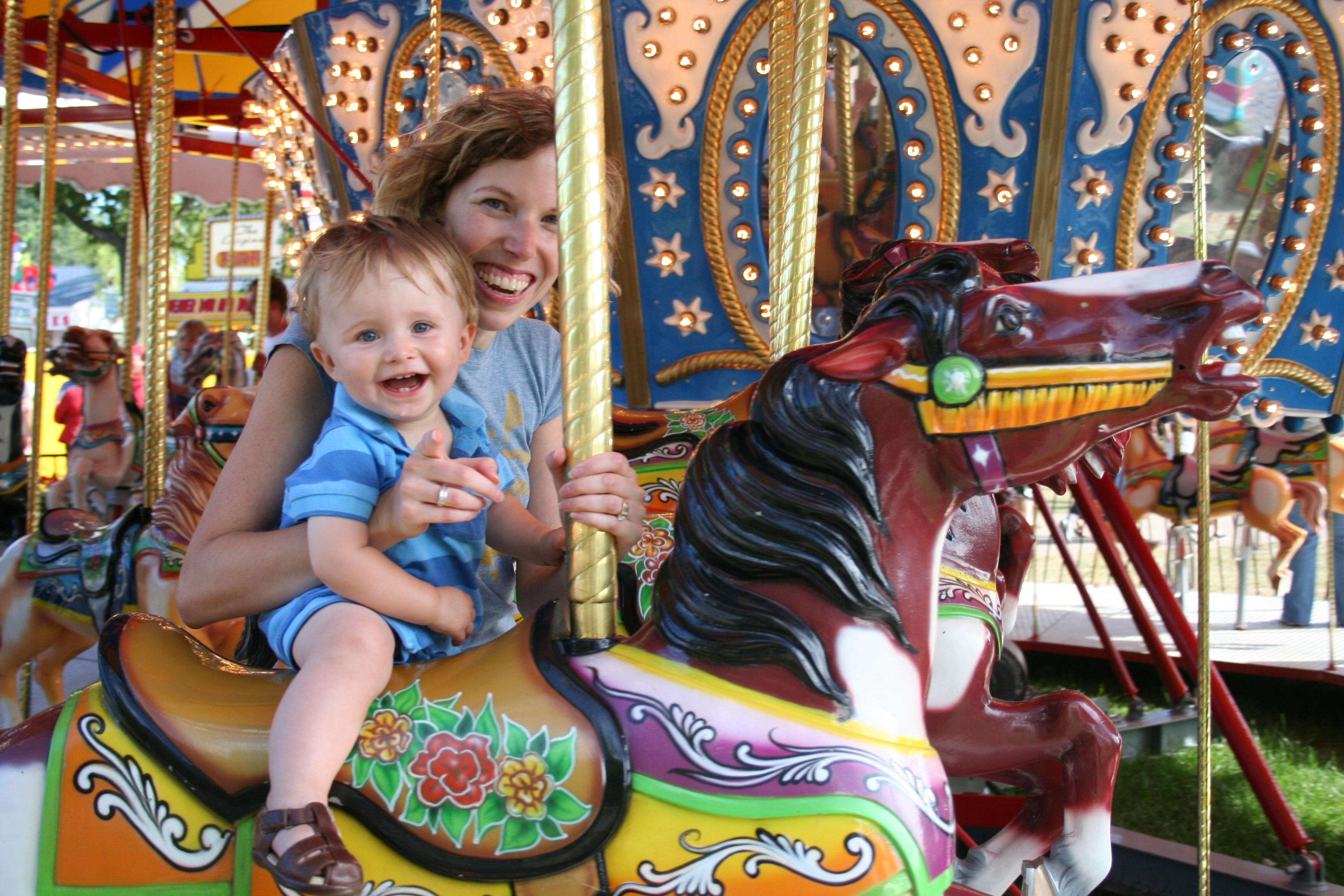 File:Carousel-MN State Fair-2006-31-08.jpg - Wikimedia Commons